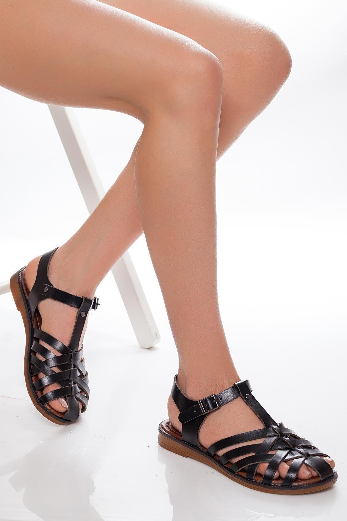 Deripabuc - Çeşme Hakiki Deri Siyah Kadın Deri Sandalet Rma-3081