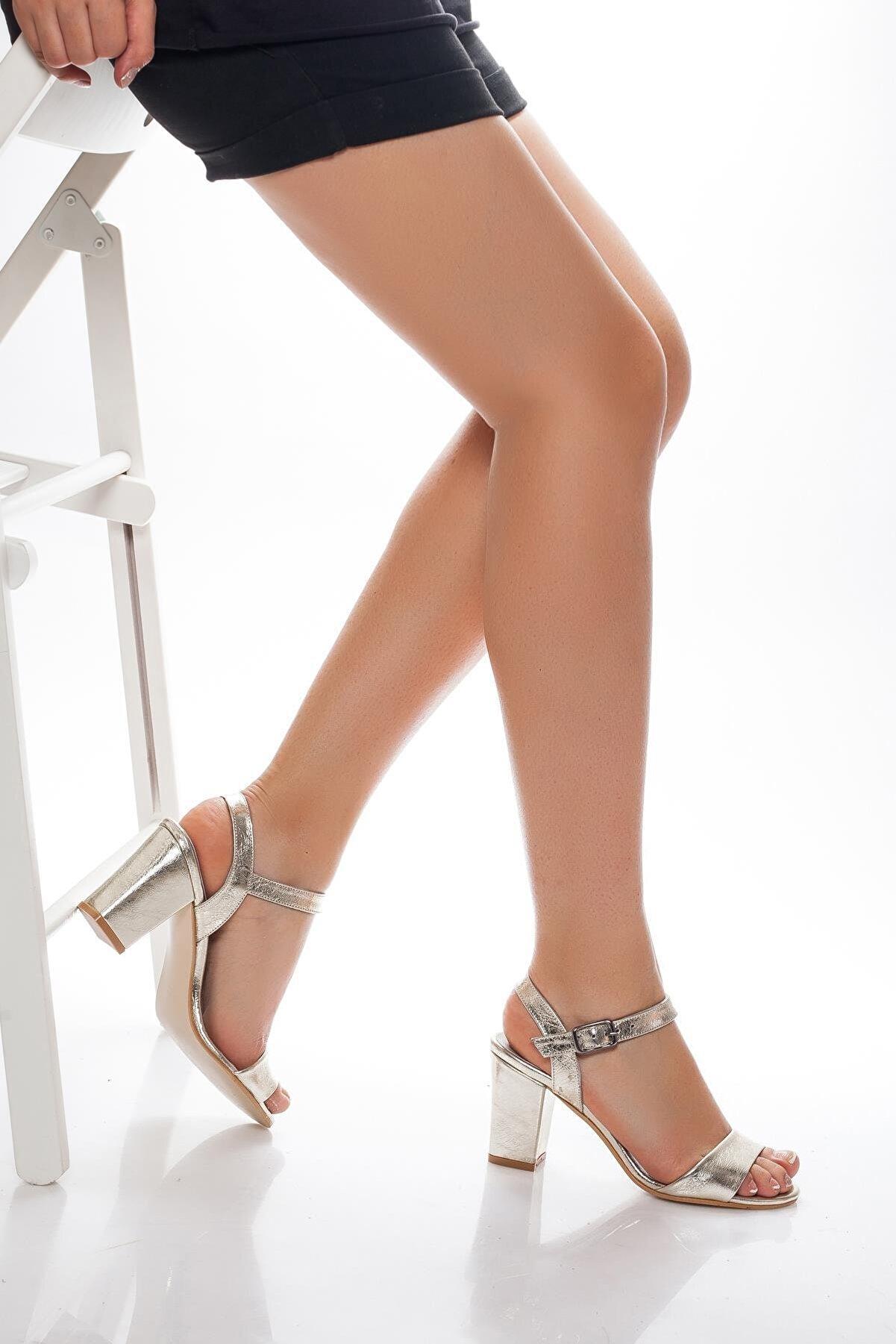 Deripabuc Hakiki Deri Altın Kadın Topuklu Deri Ayakkabı Shn-0032