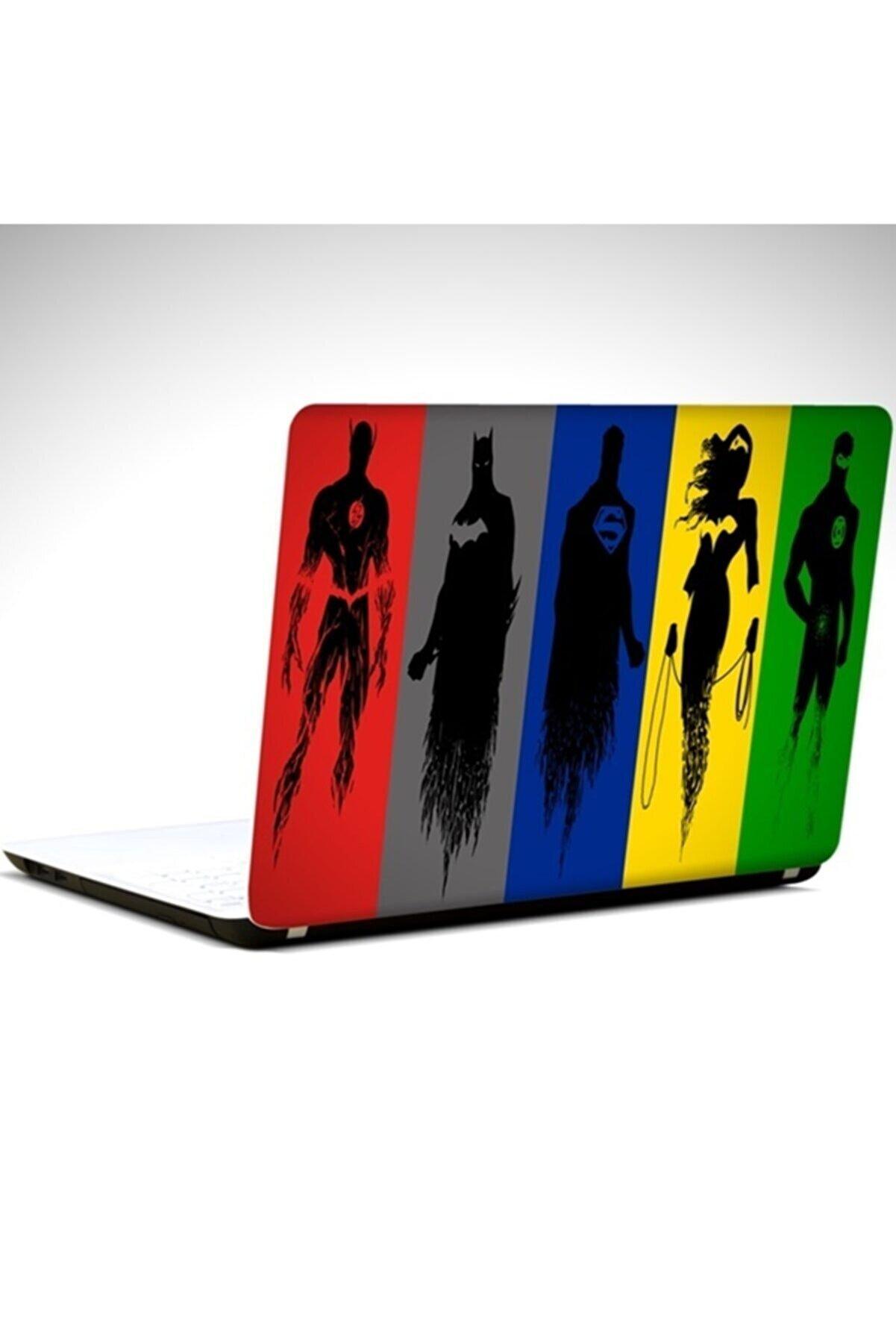 Dekolata Kahramanlar 19 Inch 40,5x27 cm Laptop Sticker