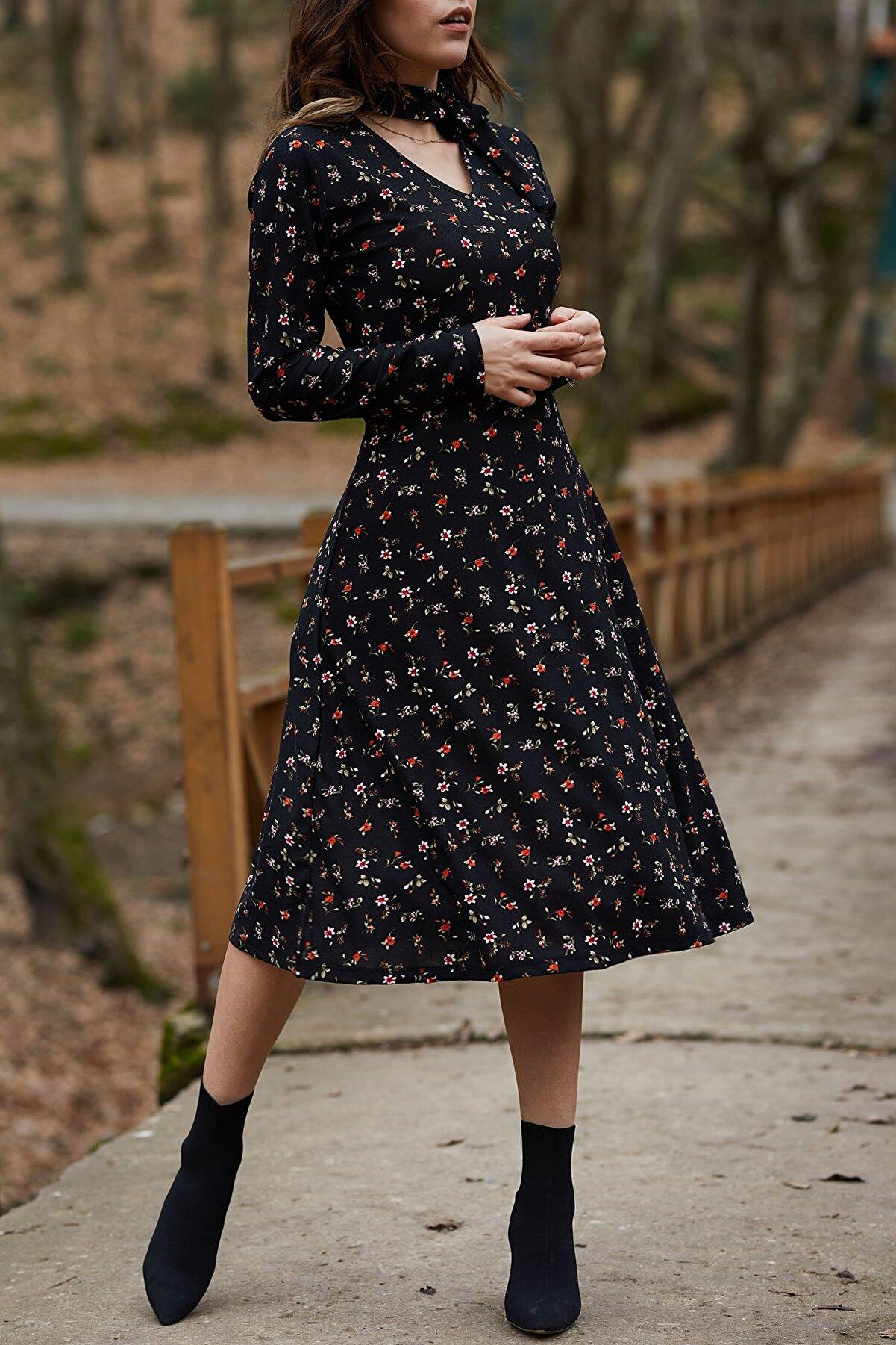 XHAN Kadın Siyah Yakası Bağlamalı Çiçek Desenli Elbise 9YXK6-41728-02