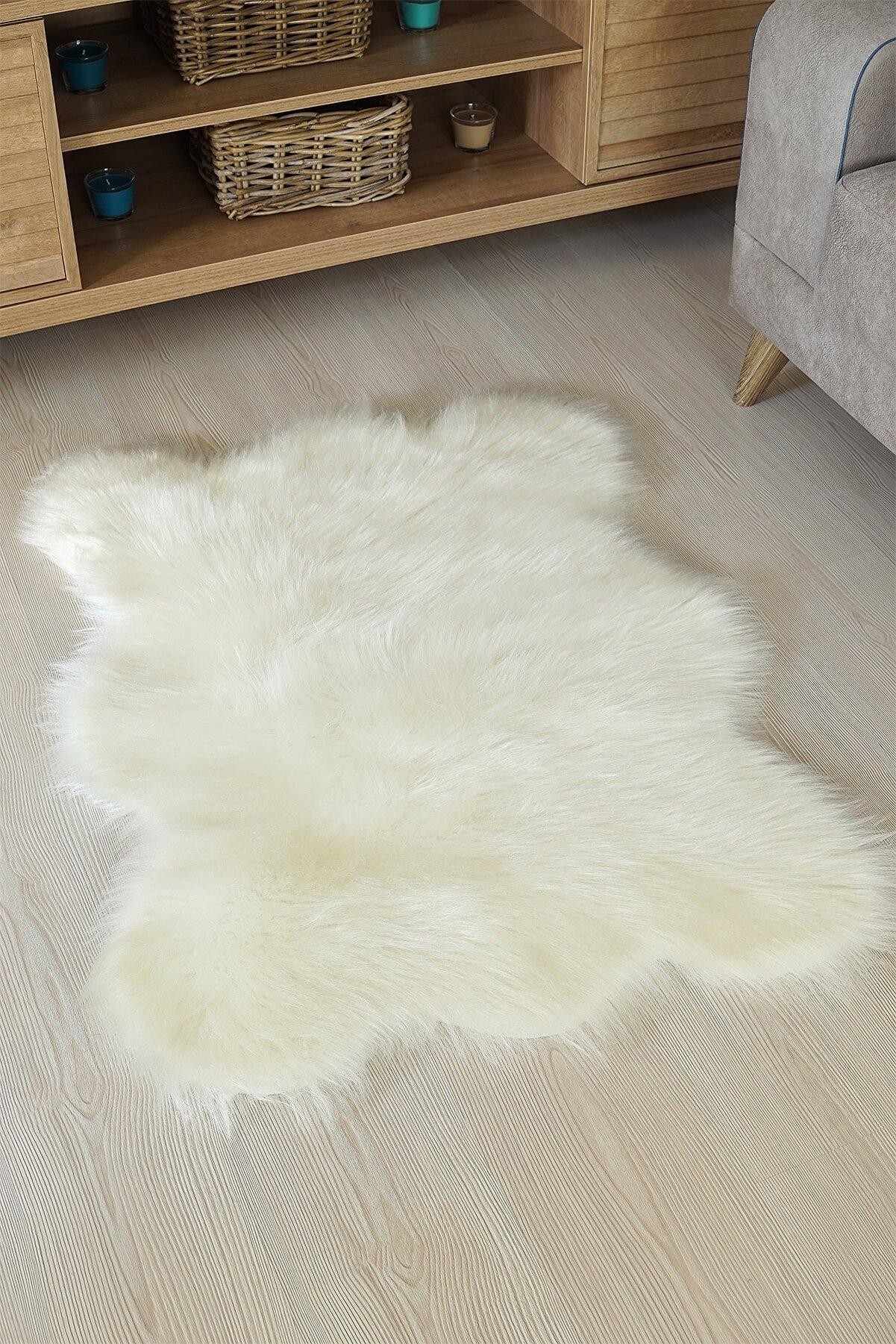 Kaizen Carpet Dekoratif Peluş Akrilik Post Halı 70x100 Cm Krem