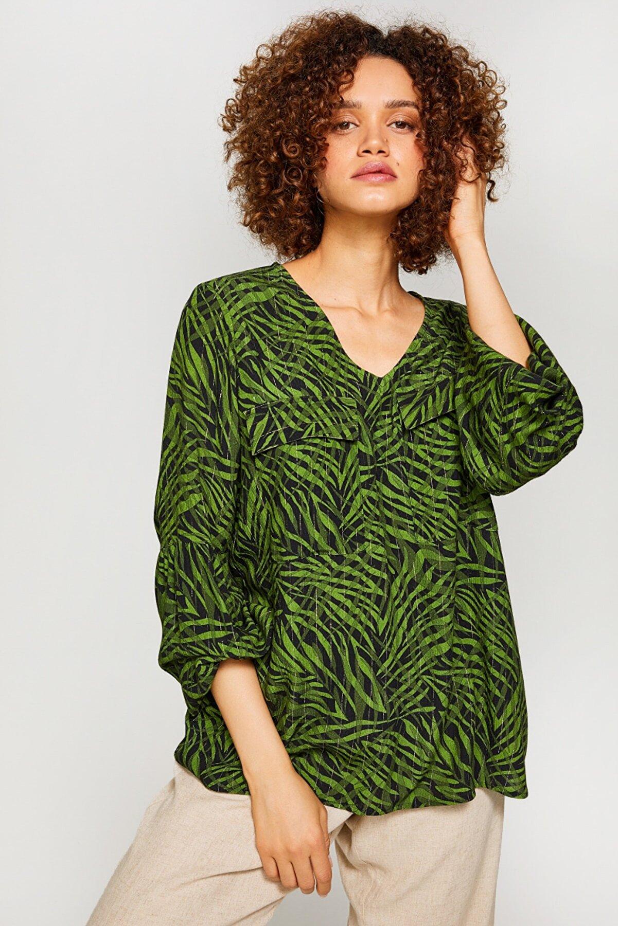 Faik Sönmez Kadın Haki Tropik DesenliV Yaka Bluz 60160 u60160
