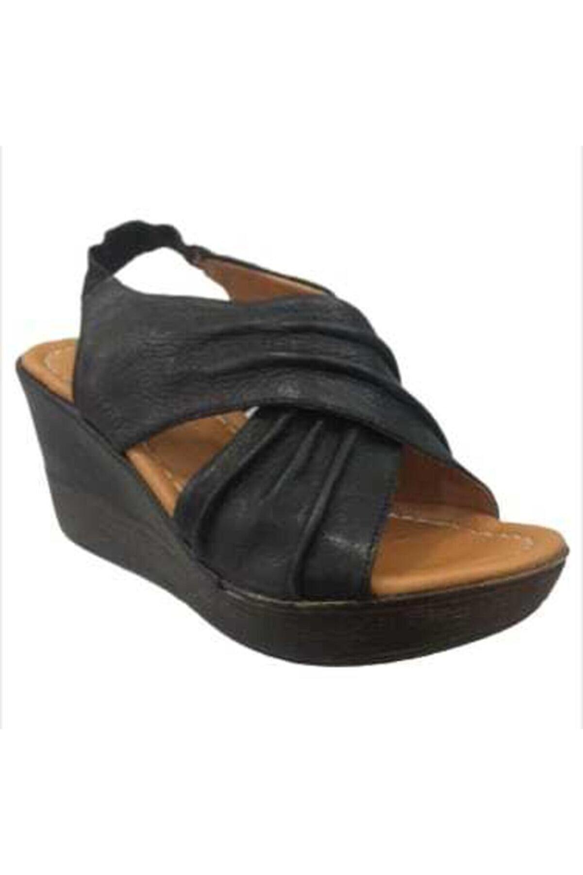 Ortopedium Kadın  Siyah Gerçek Deri Dolgu Topuklu Sandalet 1058