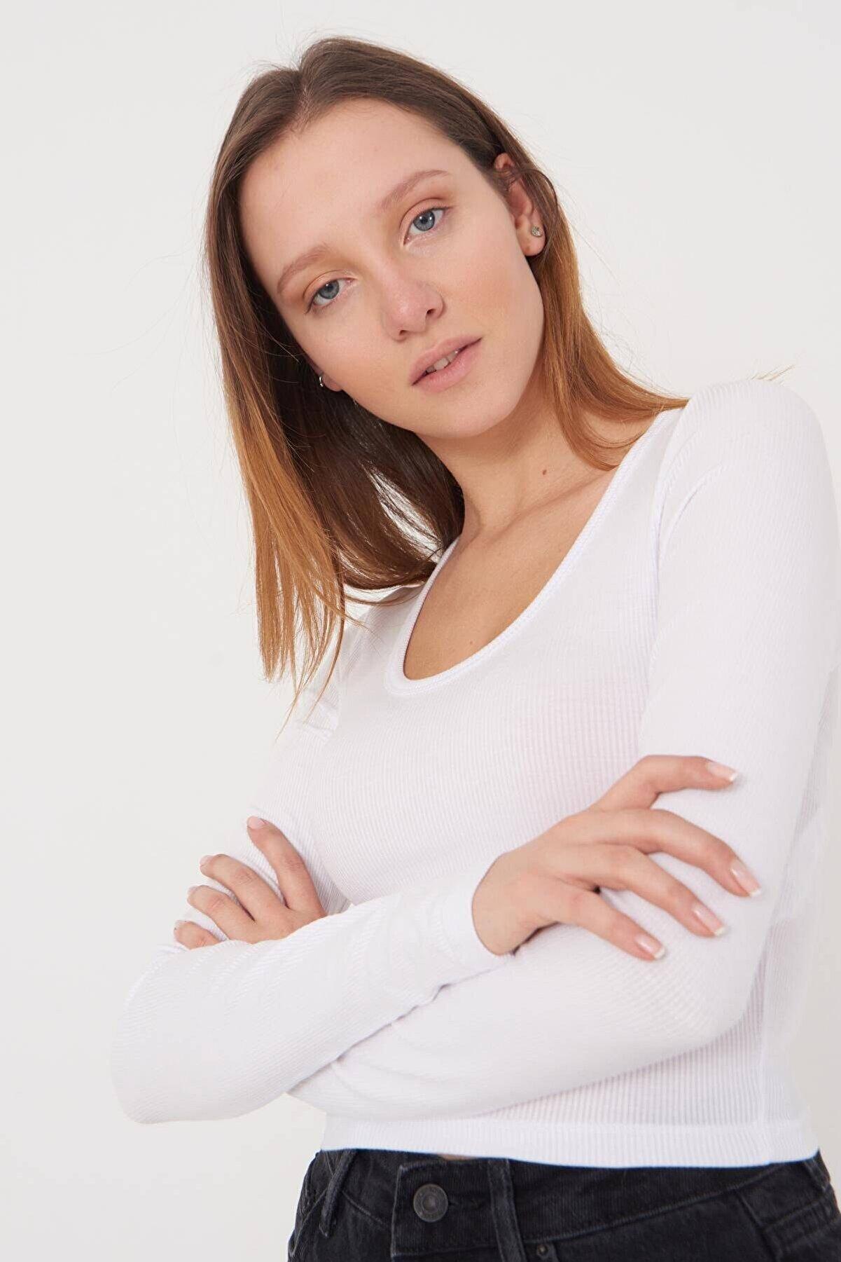 Addax Kadın Beyaz Basic Bluz B1090 - T13 Adx-0000023405