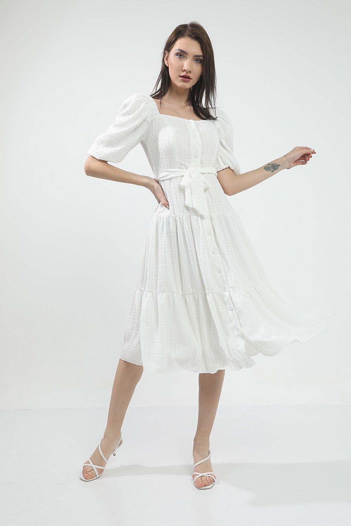 MANGOSTEEN Beyaz Kare Yaka Uzun Elbise