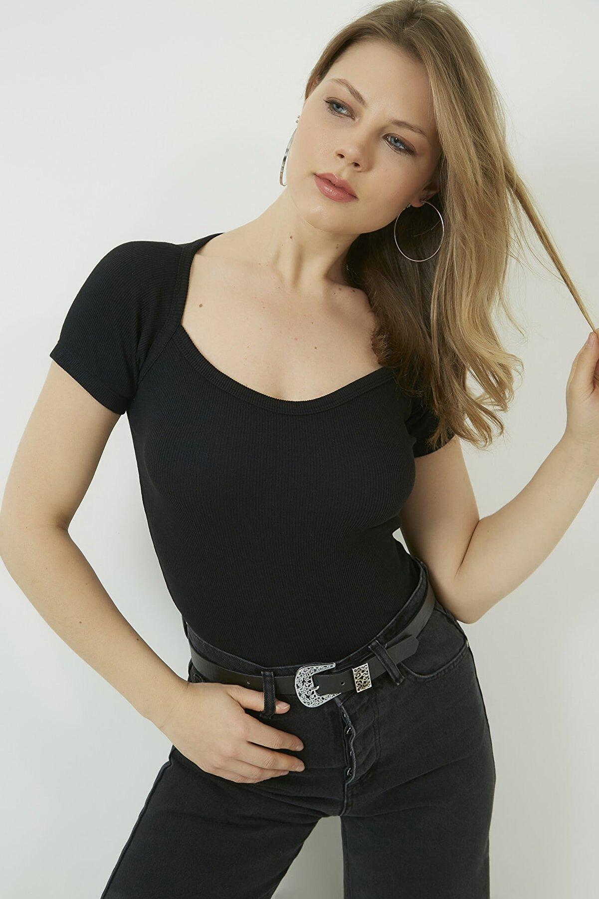Vis a Vis Kadın Siyah Yaka Detaylı Kaşkorse Bluz STN904KBL158