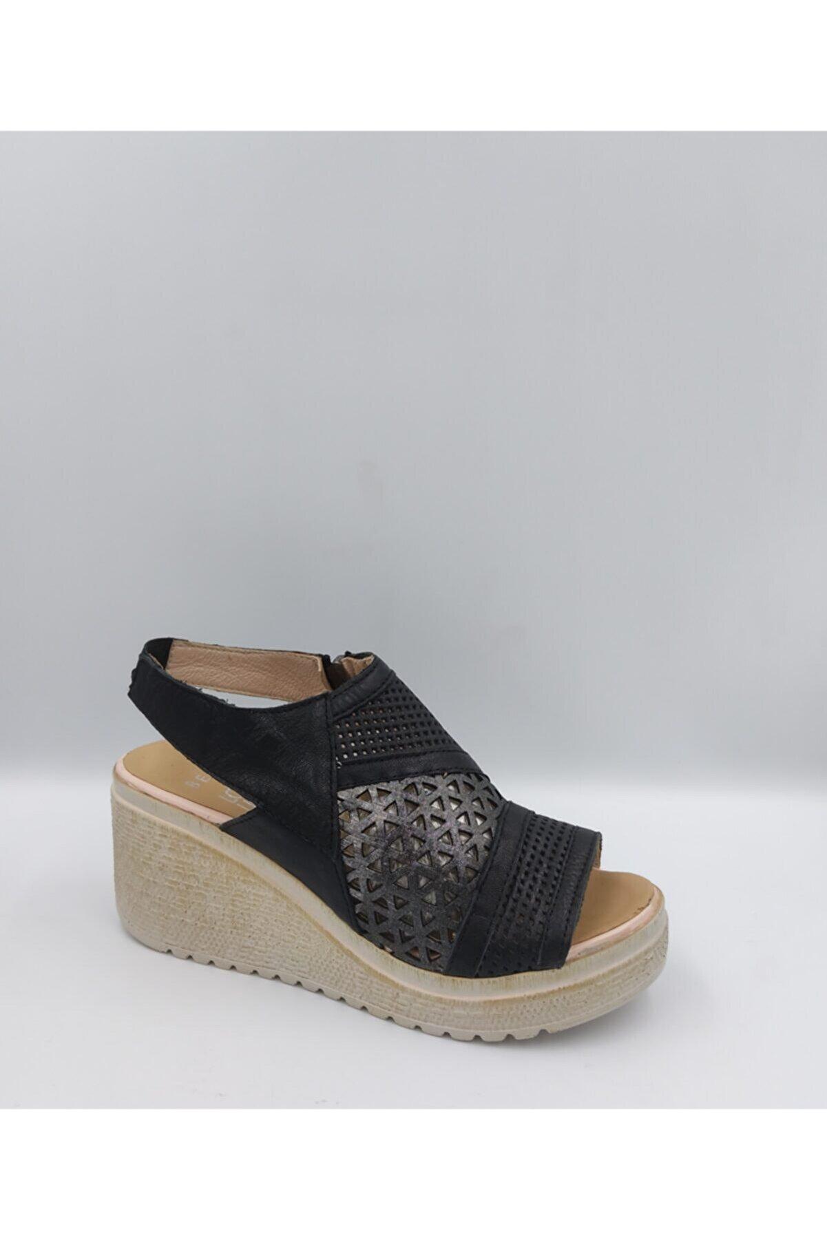 BEN AYAKKABI Kadın Siyah Hakiki Deri Sandalet