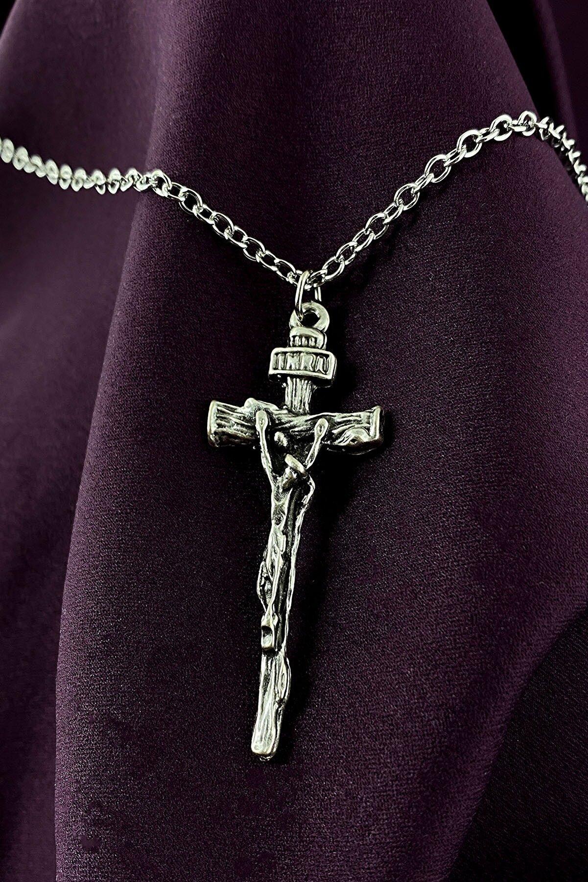 MOONİ ACCESSORİES Hz.İsa Haç Tasarım Mat Gümüş Kaplama Zincir Kolye