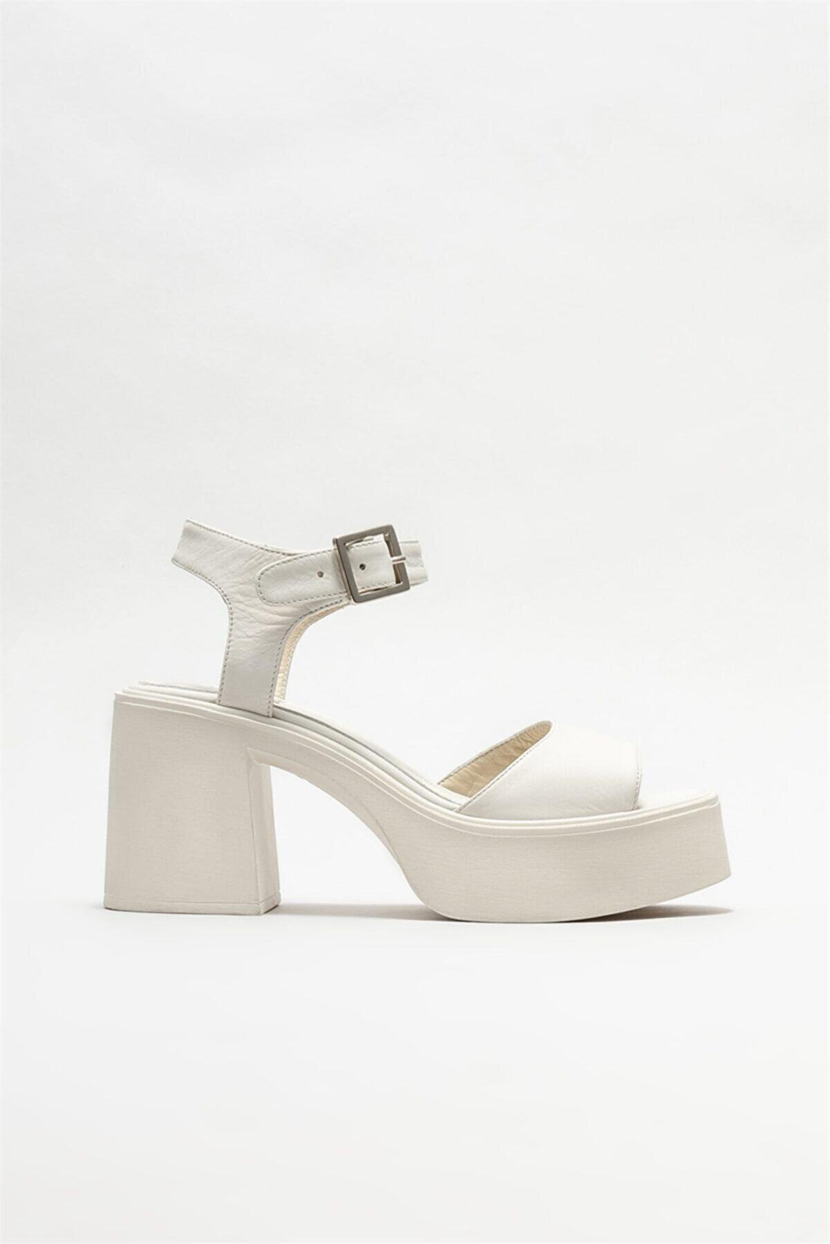 Elle Kadın Bej Deri Topuklu Sandalet