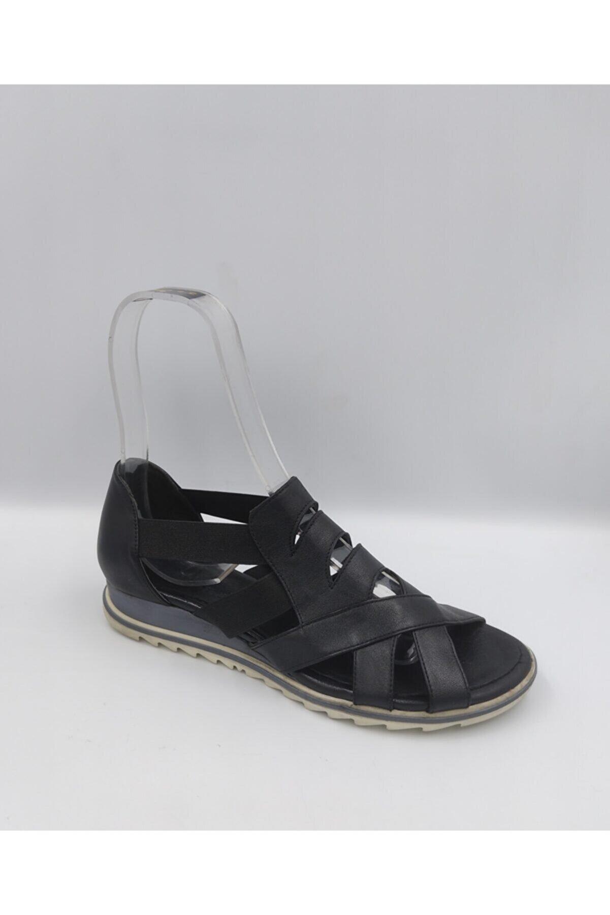 BEN AYAKKABI Kadın Hakiki Deri Siyah Sandalet