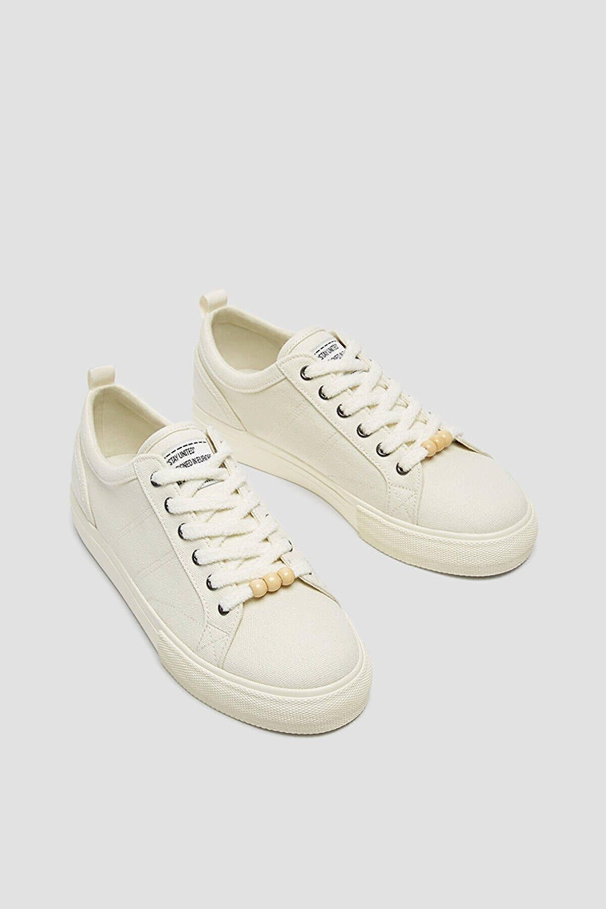 Pull & Bear Kadın Beyaz Boncuk Detaylı Casual Spor Ayakkabı 11237740