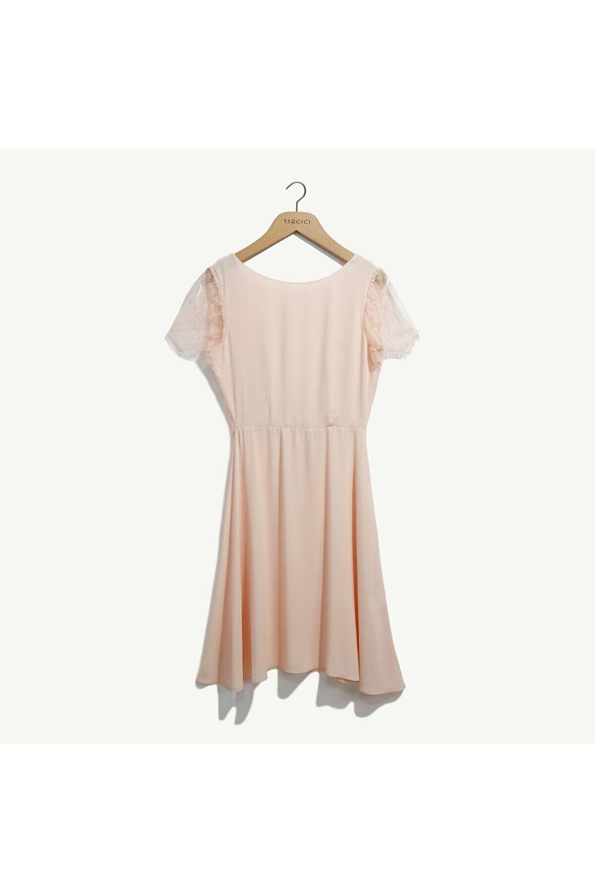 Yargıcı Kadın Somon Dantel Detaylı Elbise 8YKEL7130X