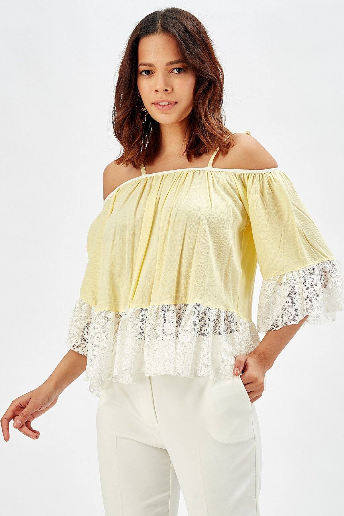 Sense Kadın Sarı Fırfır Kollu Askılı Şile Bezi Bluz