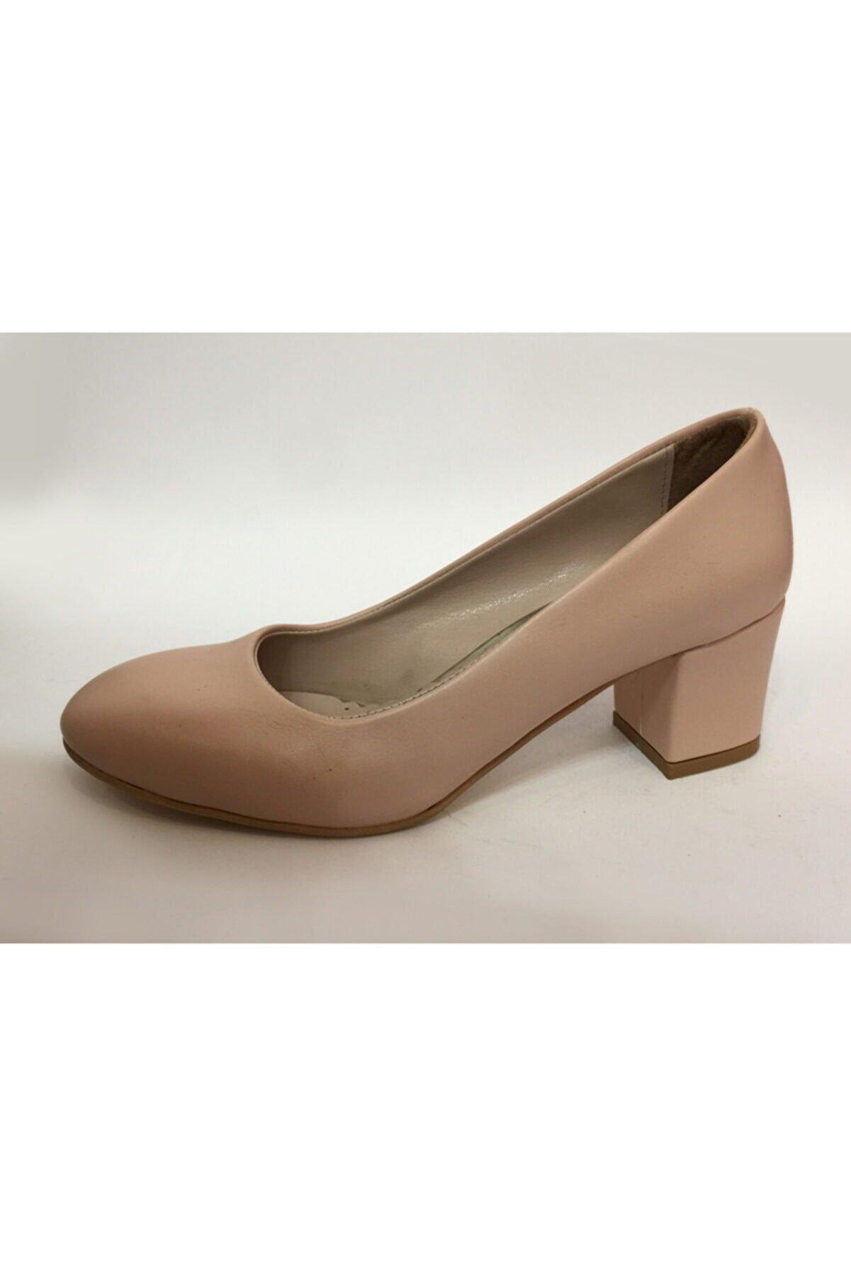 Beyaz Adım Ayakkabı Kadın Orta Boy Kalın Topuk Yuvarlak Burun Ayakkabı