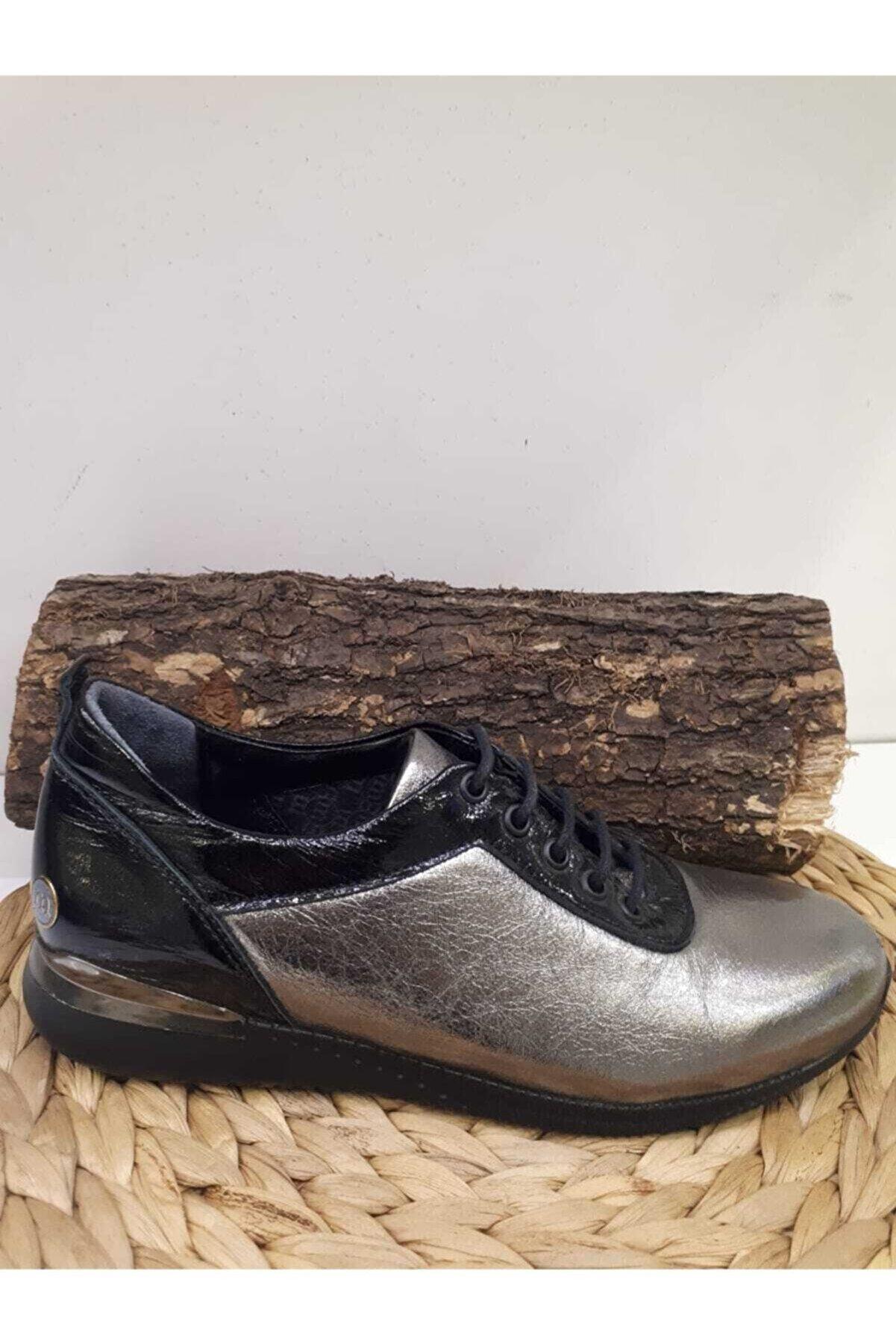 Mammamia Kadın Hakiki Deri Platin Casual Spor Ayakkabısı 006400