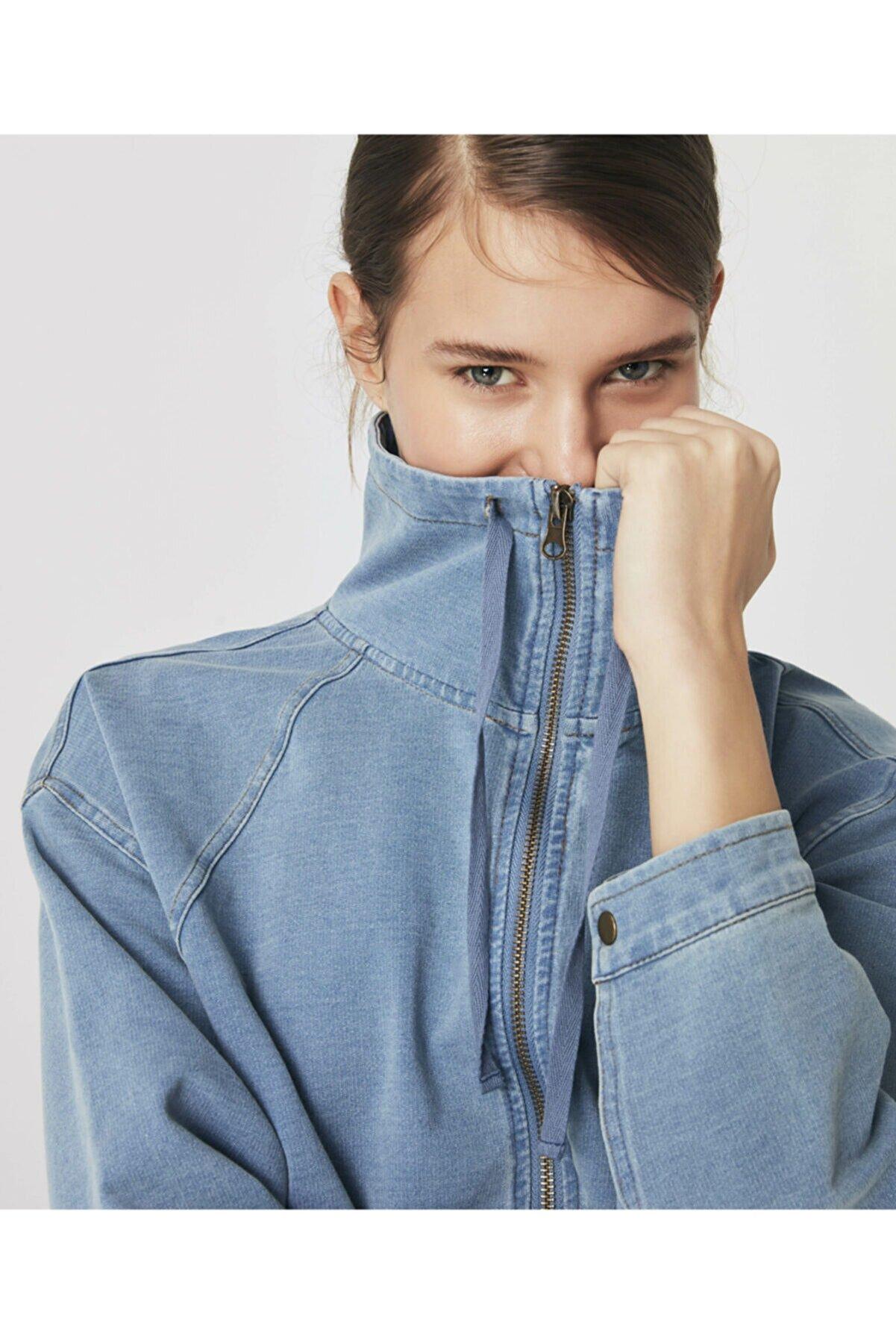 Twist Yıkama Efektli Sweatshirt