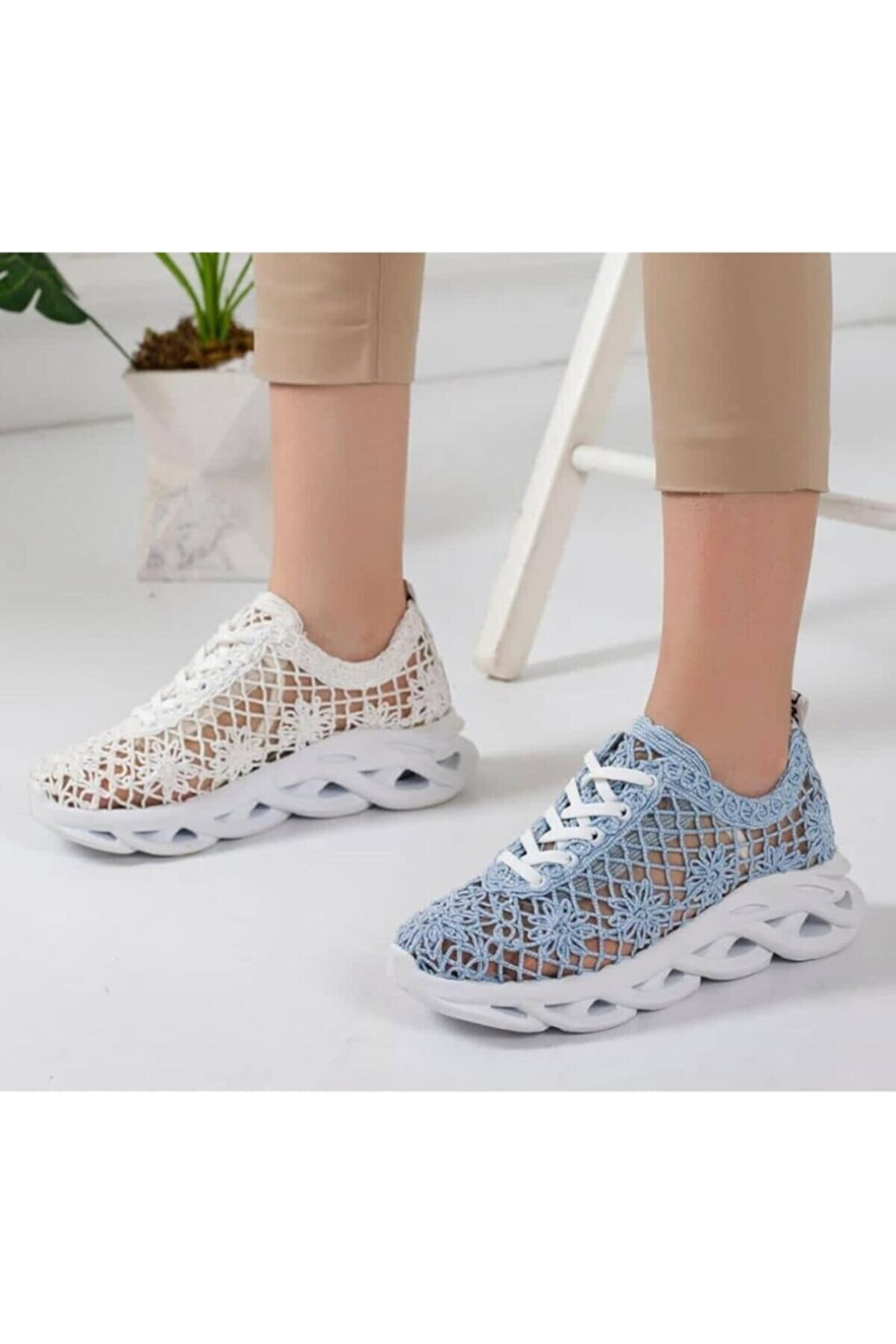 Beyond  Kadın Mavi Dantelli Bağcıklı Yumuşak Ortopedik Taban Sneaker