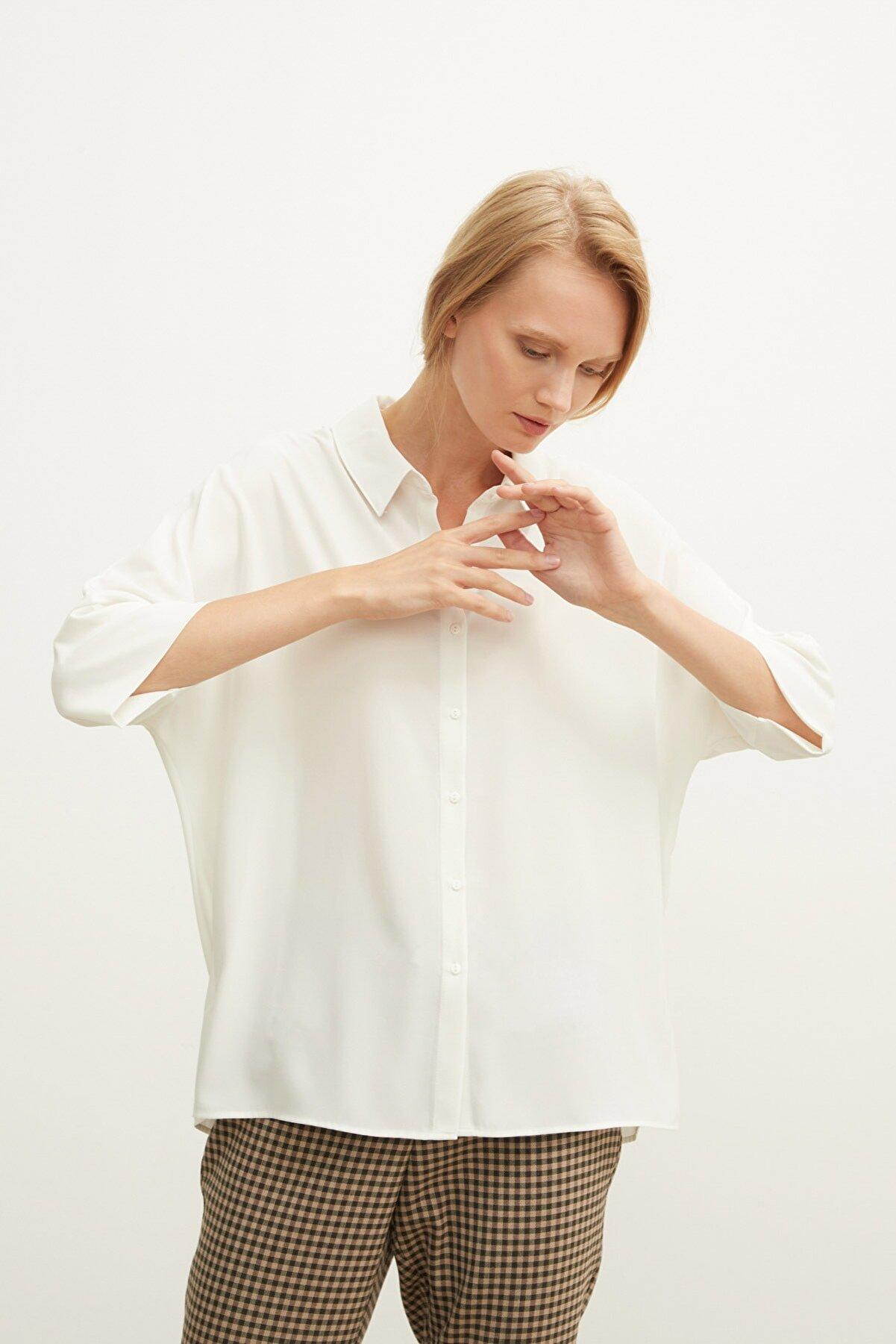 Love My Body Kadın Kemik Düğmeli 3/4 Kollu Gömlek