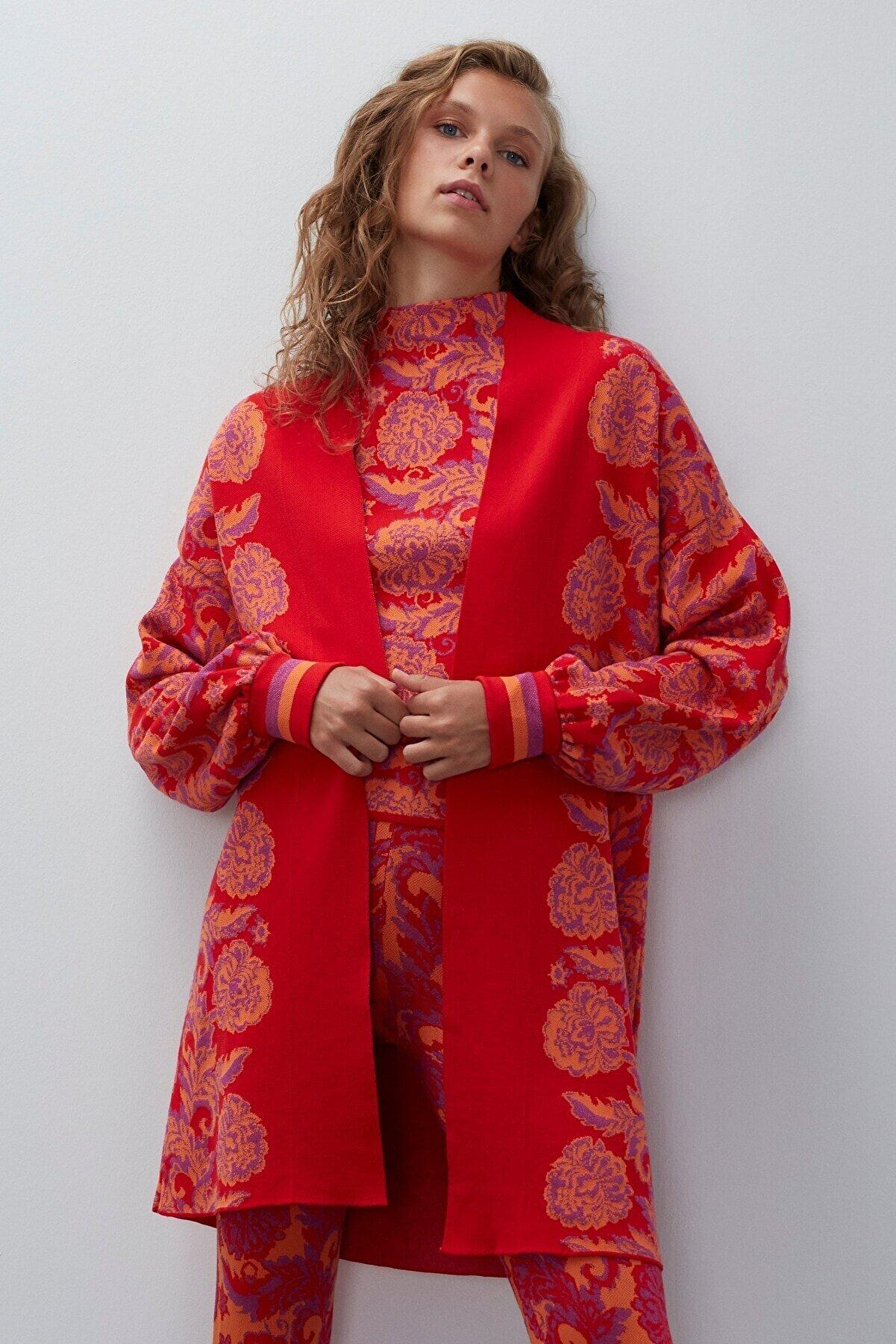 Join Us Kadın Kırmızı Multi Çiçek Desenli Triko Hırka
