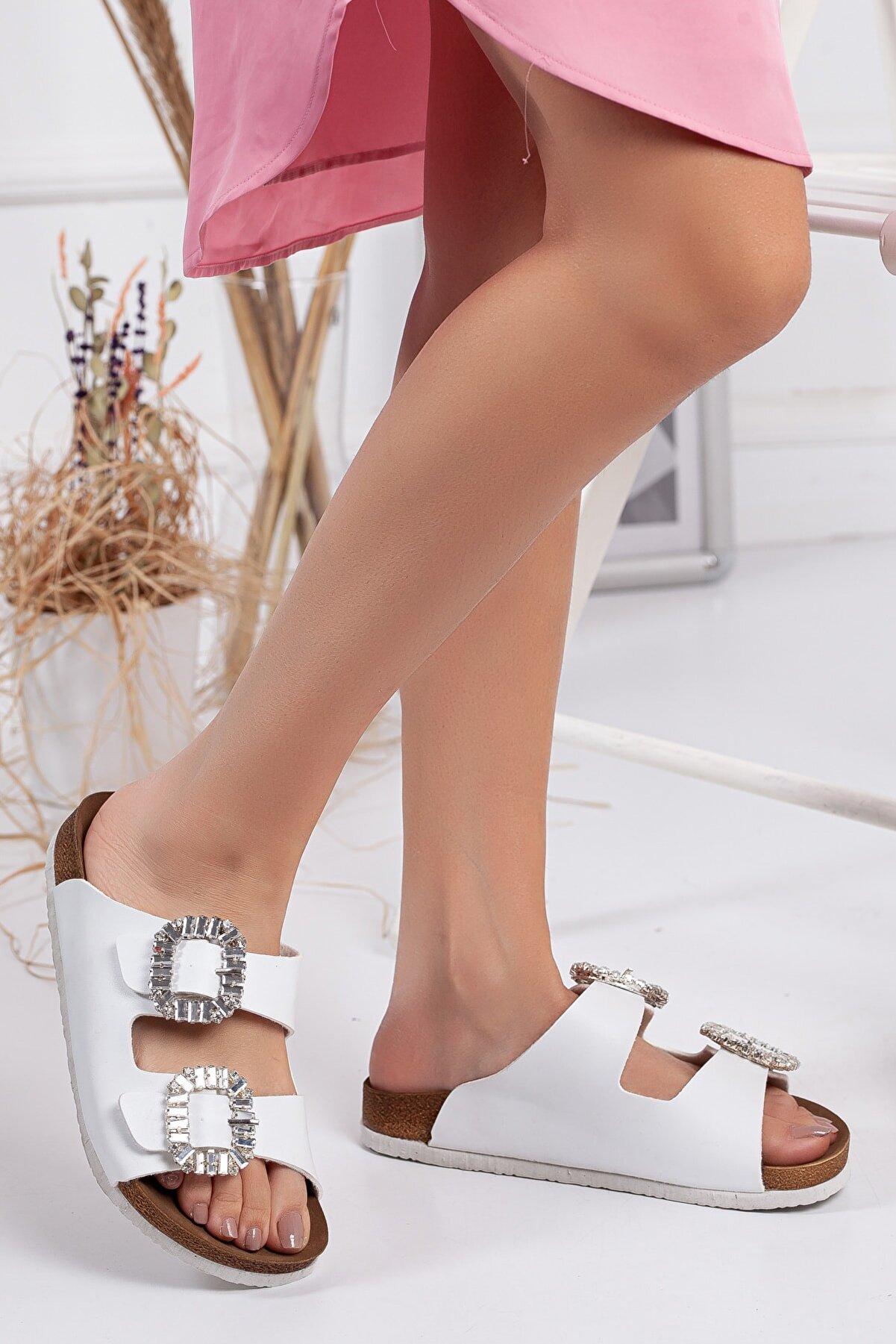 meyra'nın ayakkabıları Kadın Beyaz Taşlı Çift Toka Terlik