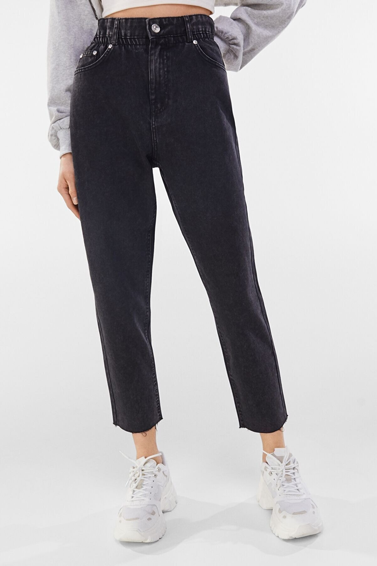 Bershka Kadın Siyah Fitilli Crop Straight Fit Pantolon