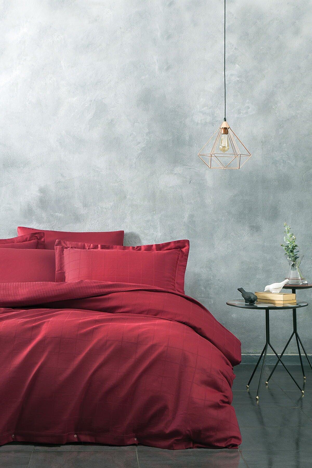 Yataş Destra Saten Kırmızı Çift Kişilik Nevresim Takımı