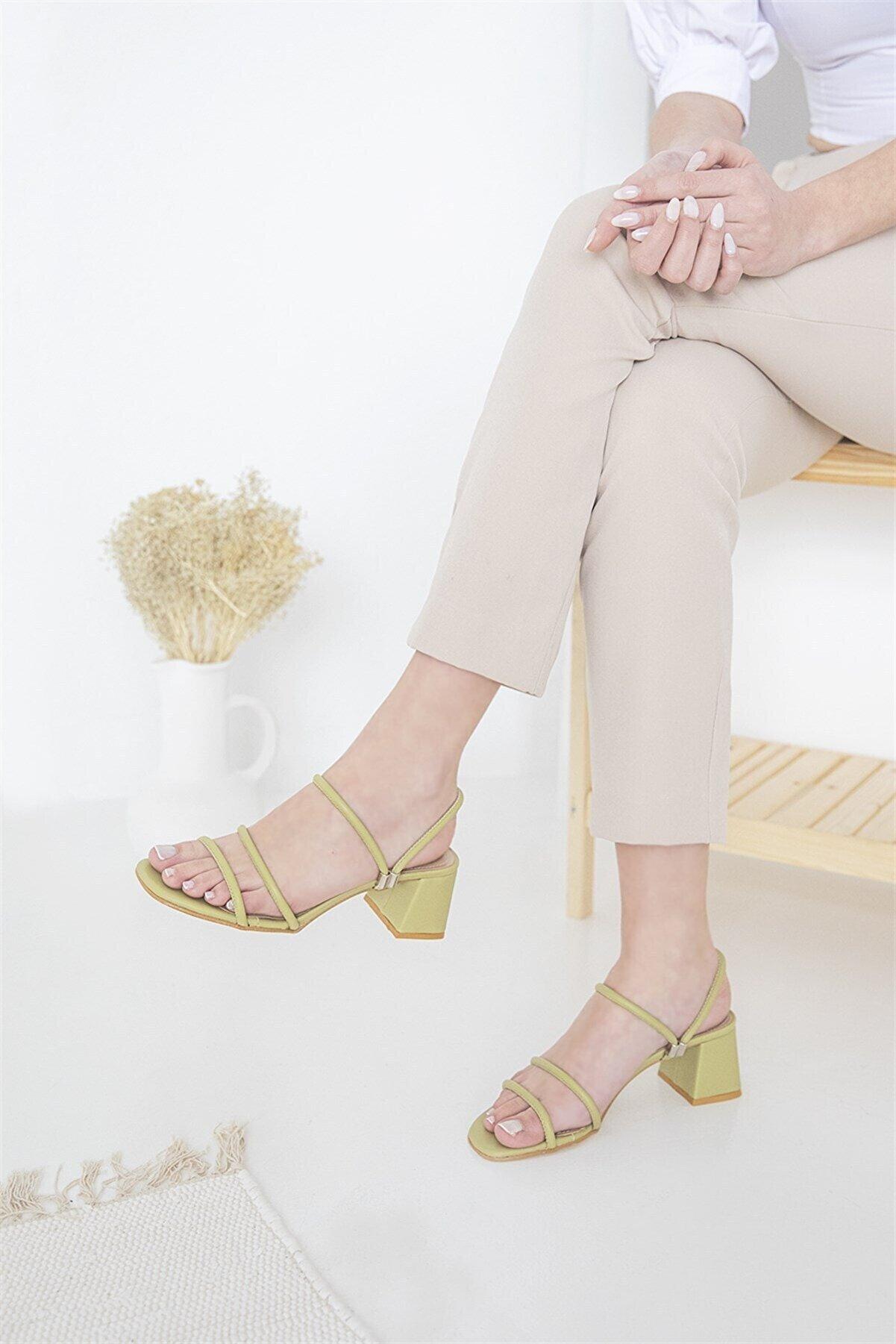 Straswans Camren Kadın Topuklu Deri Sandalet Fıstık Yeşil