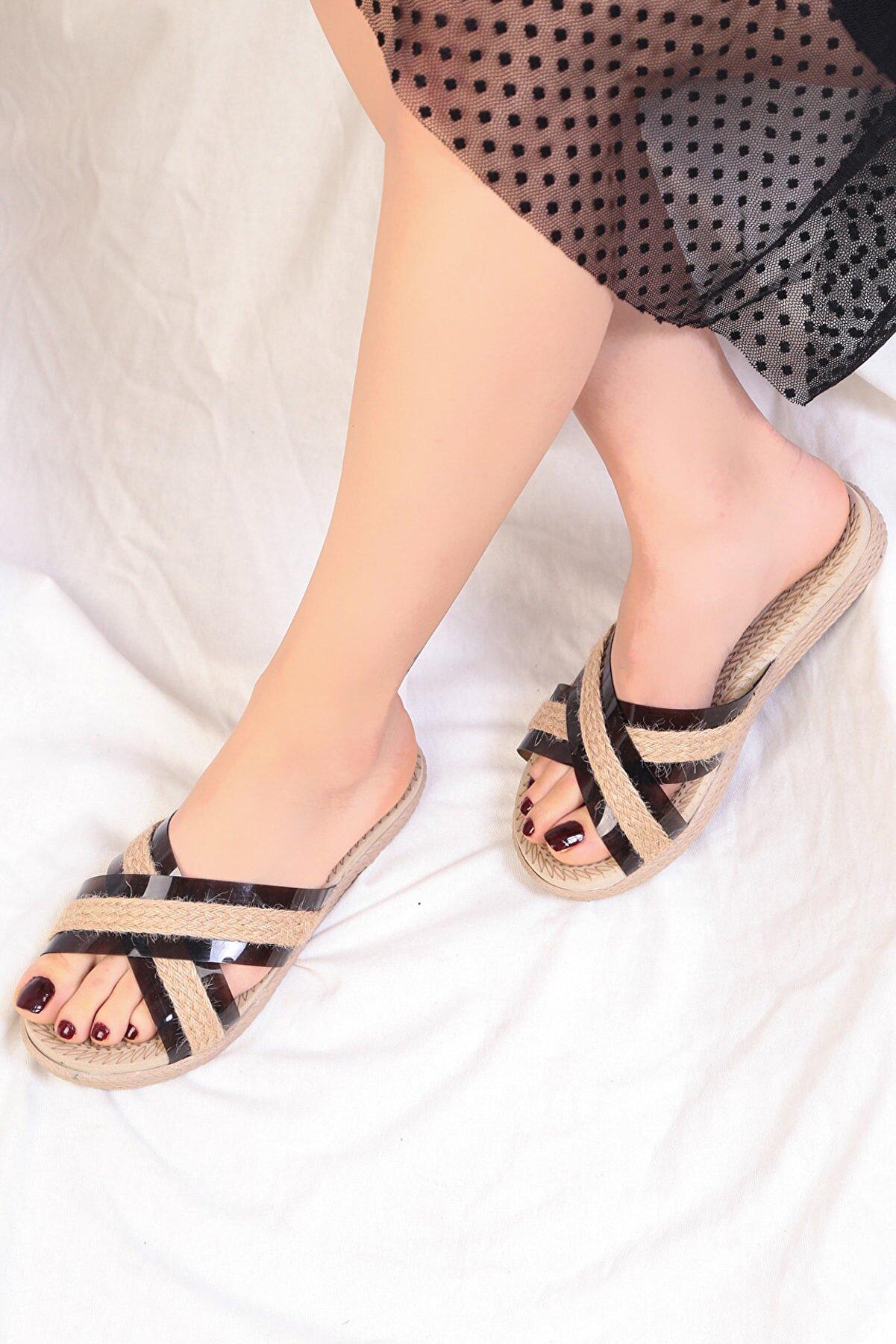 Pelin Ayakkabı Kadın Siyah Yazlık Terlik
