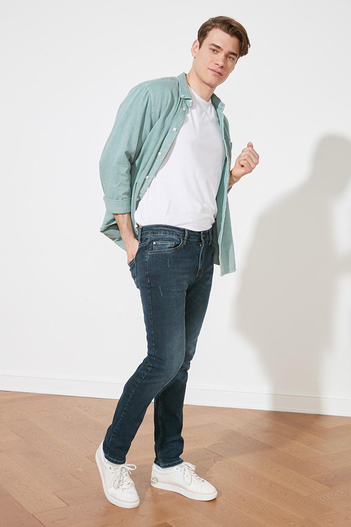TRENDYOL MAN Indigo Erkek Tırmık Detaylı Normal Bel Skinny Fit Jeans TMNSS21JE0292