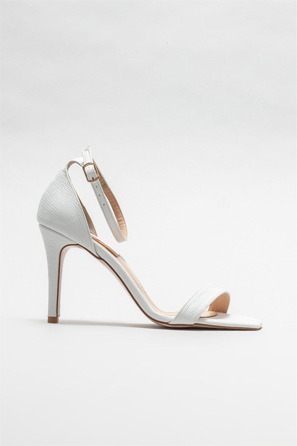 Elle Kadın Beyaz Topuklu Sandalet