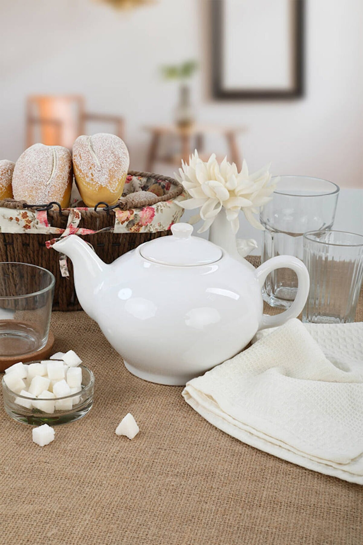 Keramika Beyaz  Demlik 9 Cm 1.5 Lt