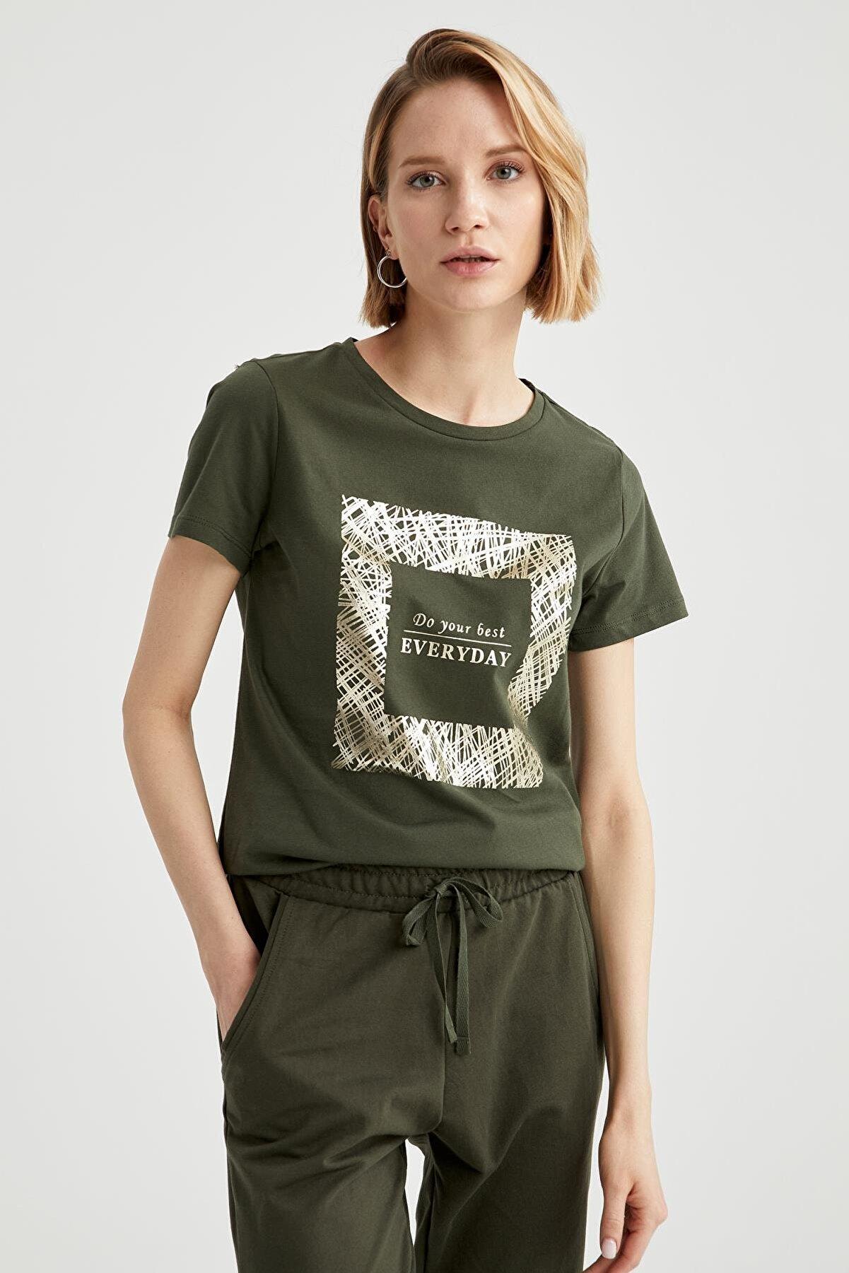 Defacto Kadın Haki Slogan Baskılı Bisiklet Yaka Relax Fit Tişört