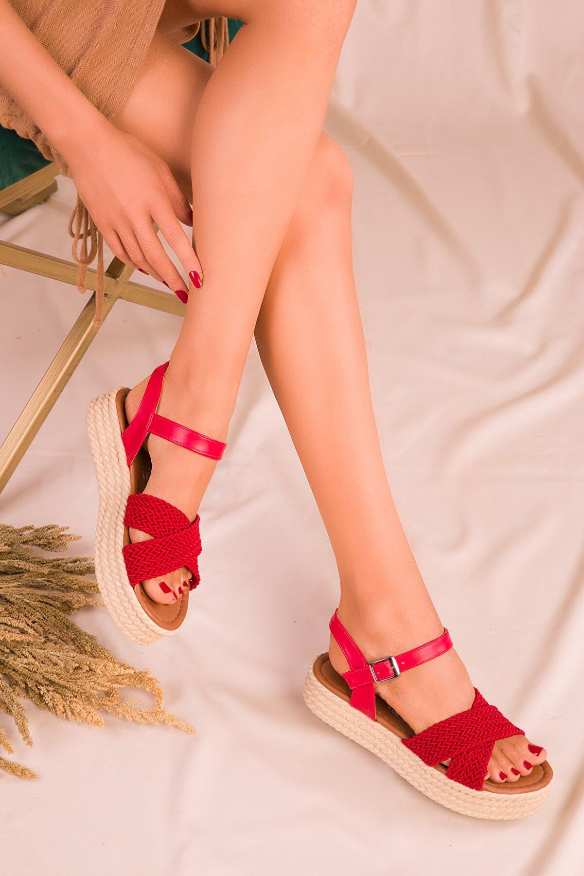 Soho Exclusive Kırmızı Kadın Sandalet 14952