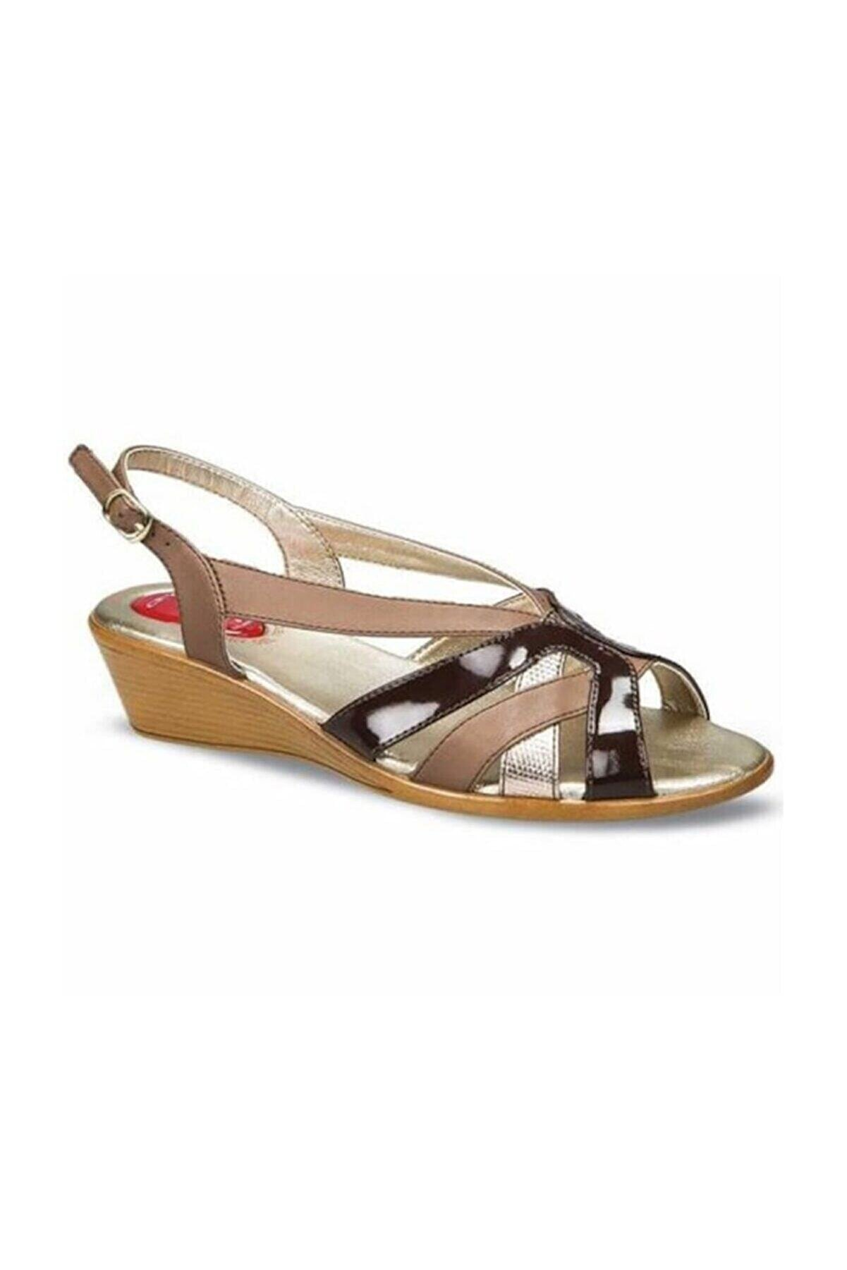 Ceyo Kadın Kahverengi Ortopedik Sandalet 9887-19 (35-41)