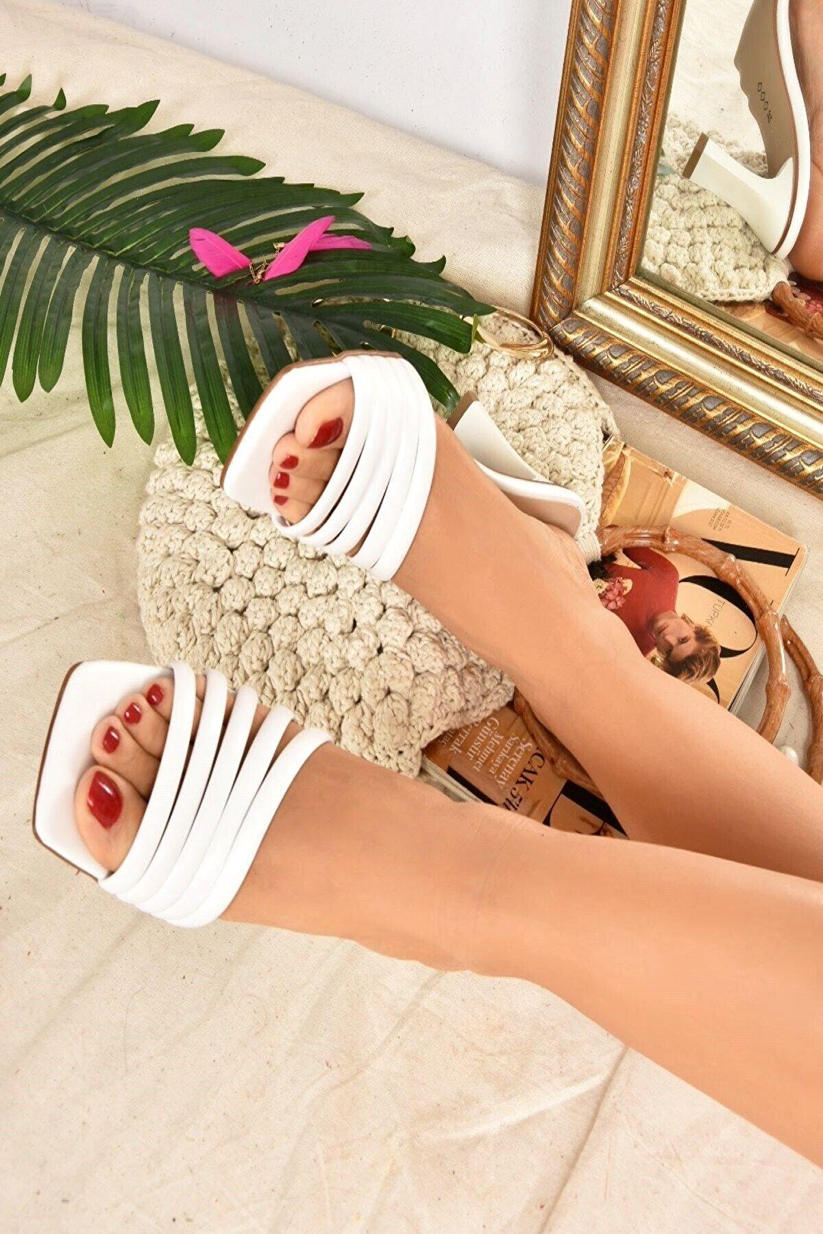 Fox Shoes Kadın Beyaz Terlik