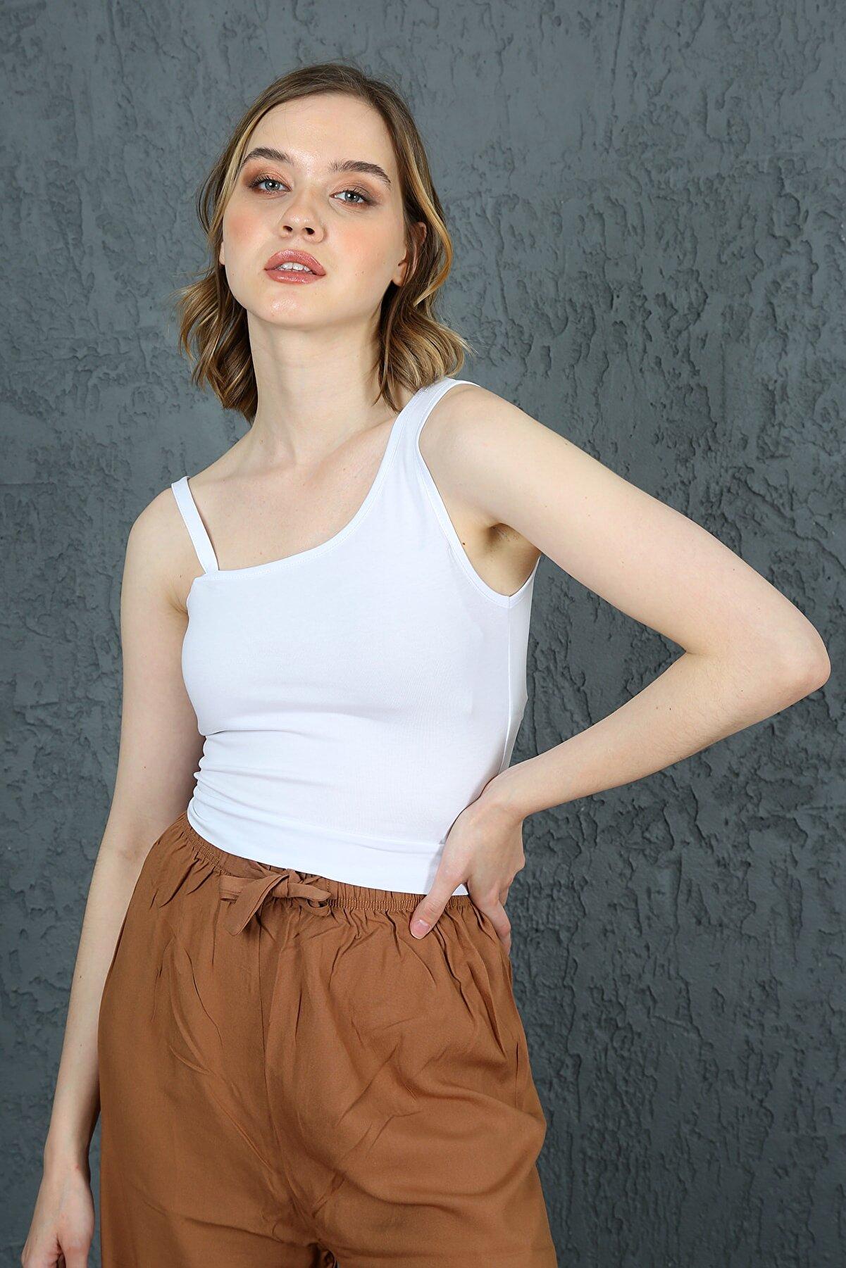 ChiChero Kadın Beyaz Tek Omuz Ince Askılı Örme Crop Bluz