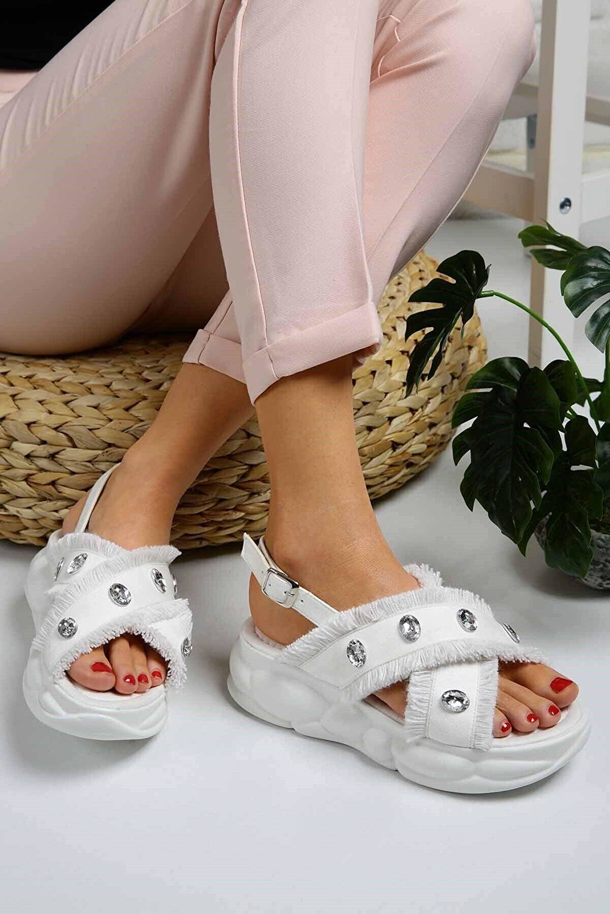 Ccway Kadın Tüylü Taşlı Sandalet