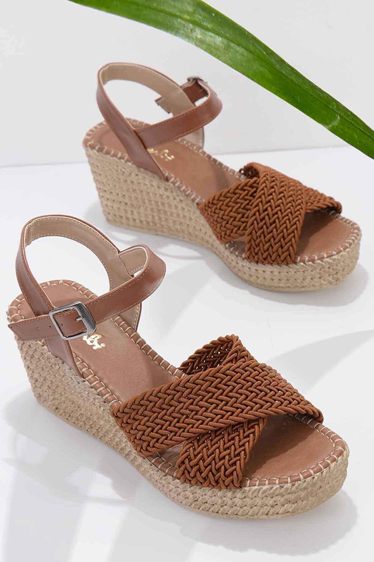 Bambi Taba Kadın Dolgu Topuklu Ayakkabı K05688015016