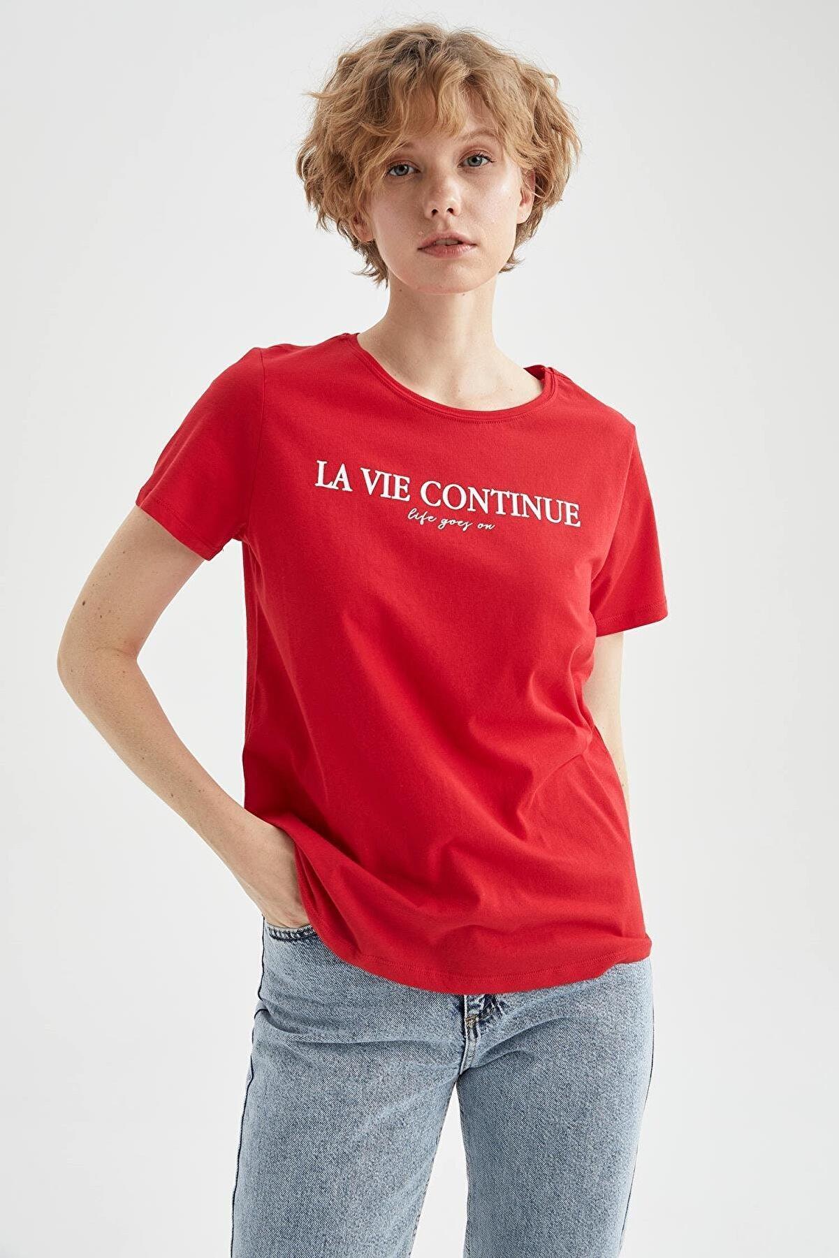 Defacto Kadın Kırmızı Regular Fit Yazı Baskılı Kısa Kol T-Shirt