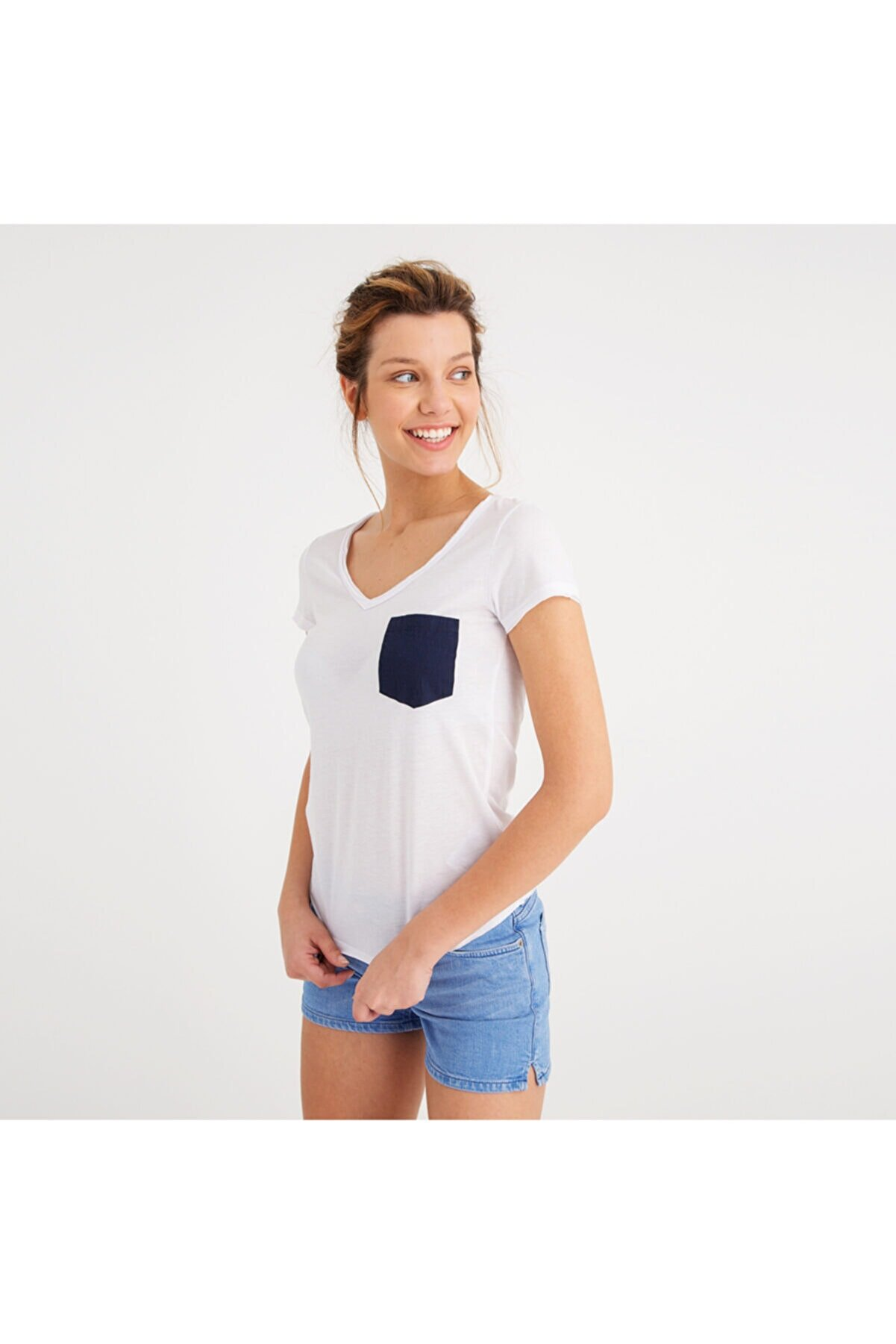 Mustang Kadın Basic Pocket T-shirt Beyaz