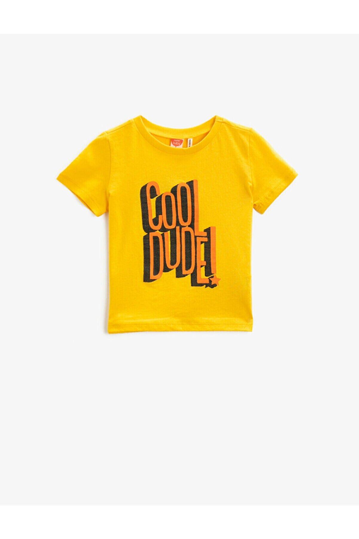 Koton Erkek Çocuk Sarı Sloganlı   Kısa Kollu Pamuklu Tisört
