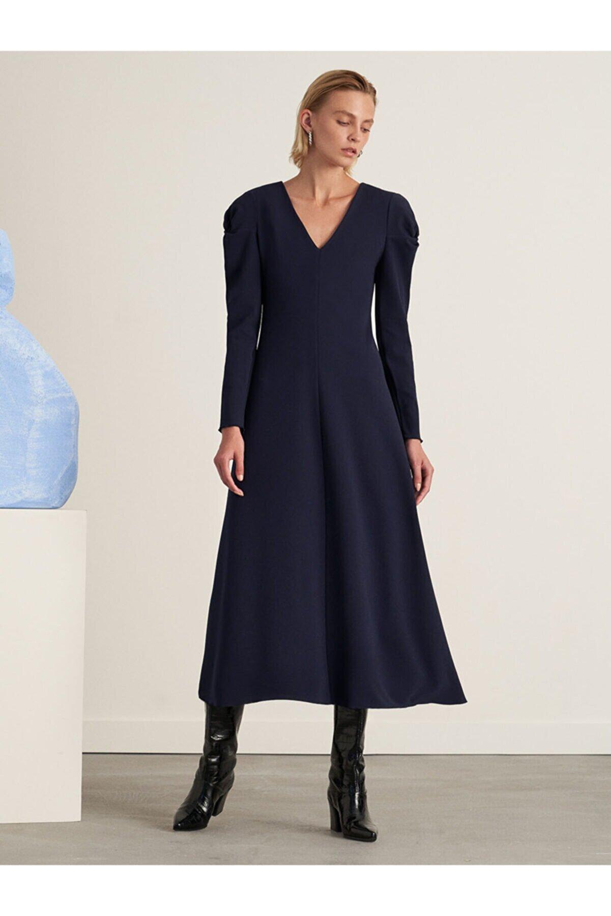 Nocturne Kadın Lacivert Omuz Detaylı Midi Boy Elbise
