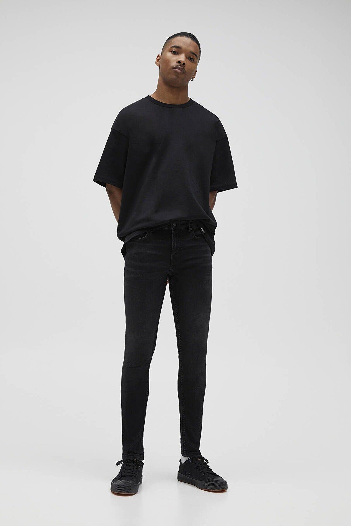 Pull & Bear Erkek Soluk Siyah Basic Super Skinny Fit Jean 04681522