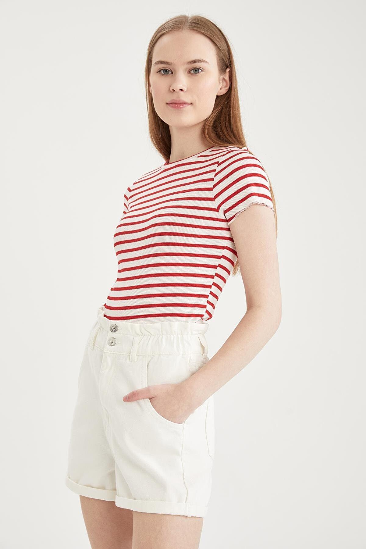 Defacto Çizgili Slim Fit Kısa Kollu Tişört