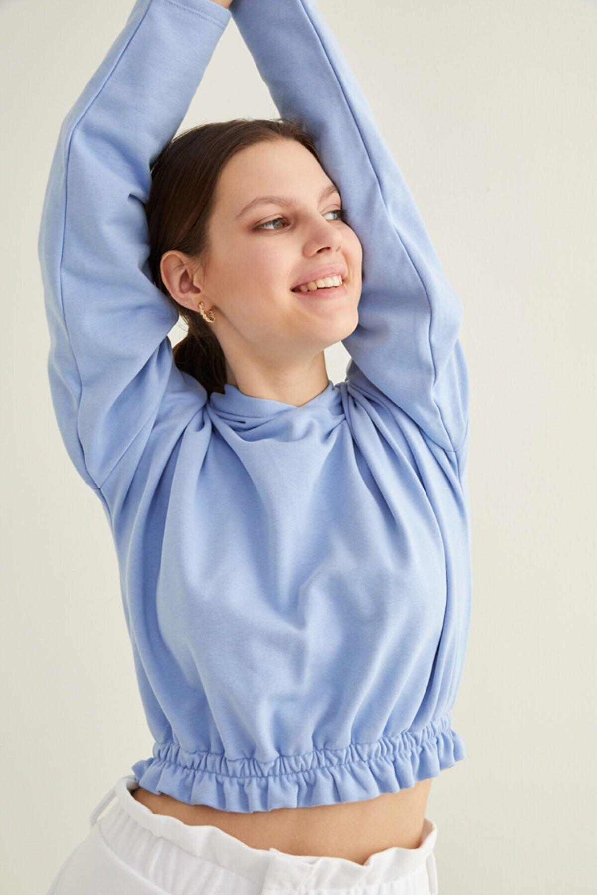 adL Kadın Mavi Kapüşonlu Crop Sweatshirt