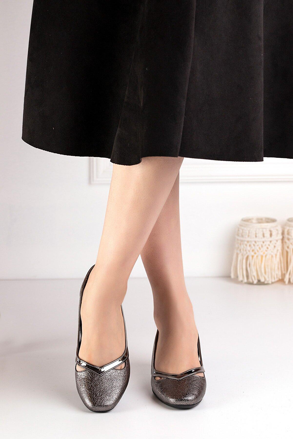 Ayakkabı Fuarı Kadın Topuklu Ayakkabı