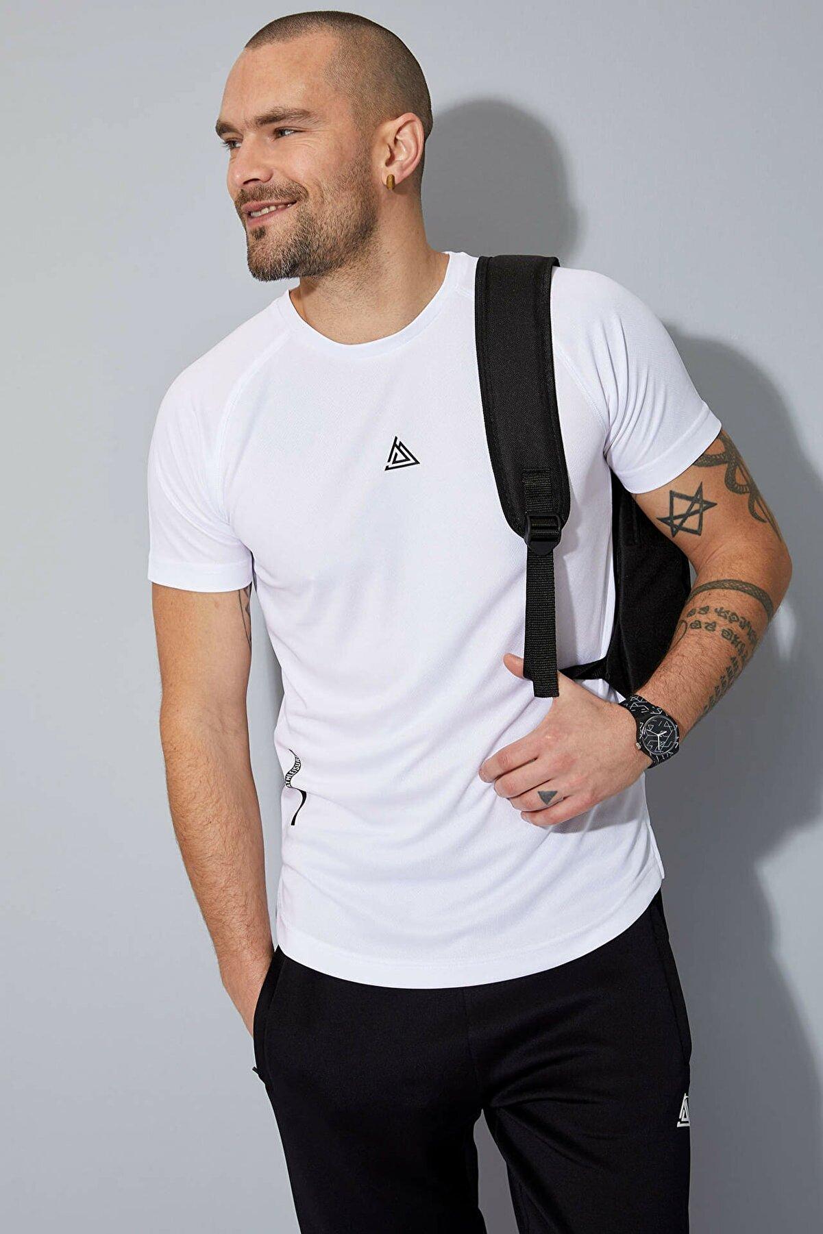 Defacto Bisiklet Yaka Ekstra Slim Fit Spor Tişört