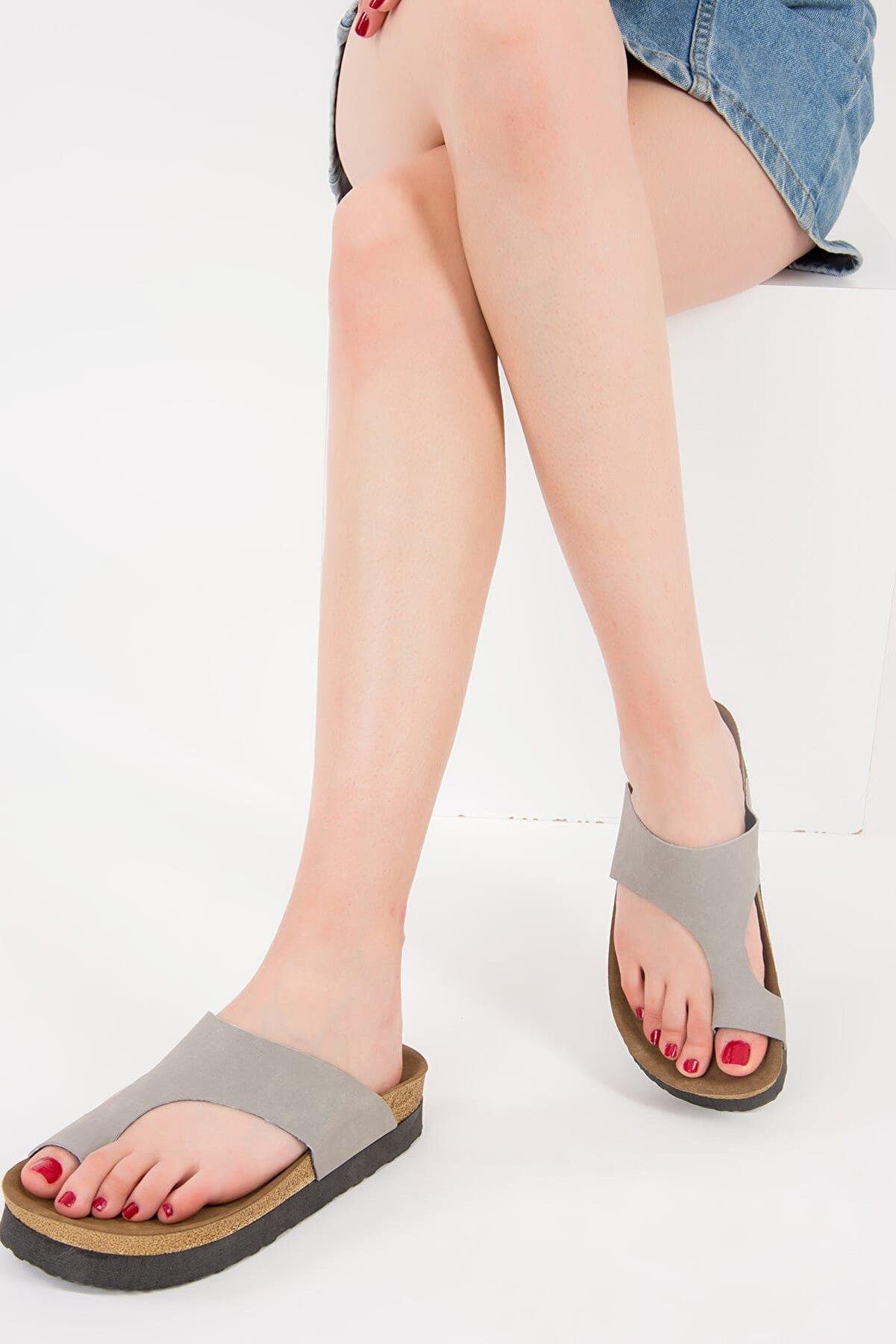 Fox Shoes Gri Kadın Terlik D777812002