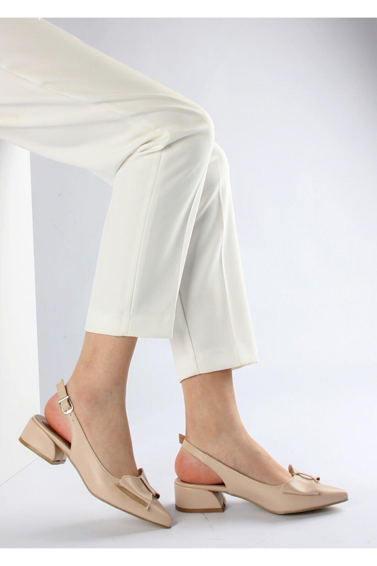 FORS SHOES Kadın Bej Cilt Fiyonklu Arkası Açık Topuklu Ayakkabı