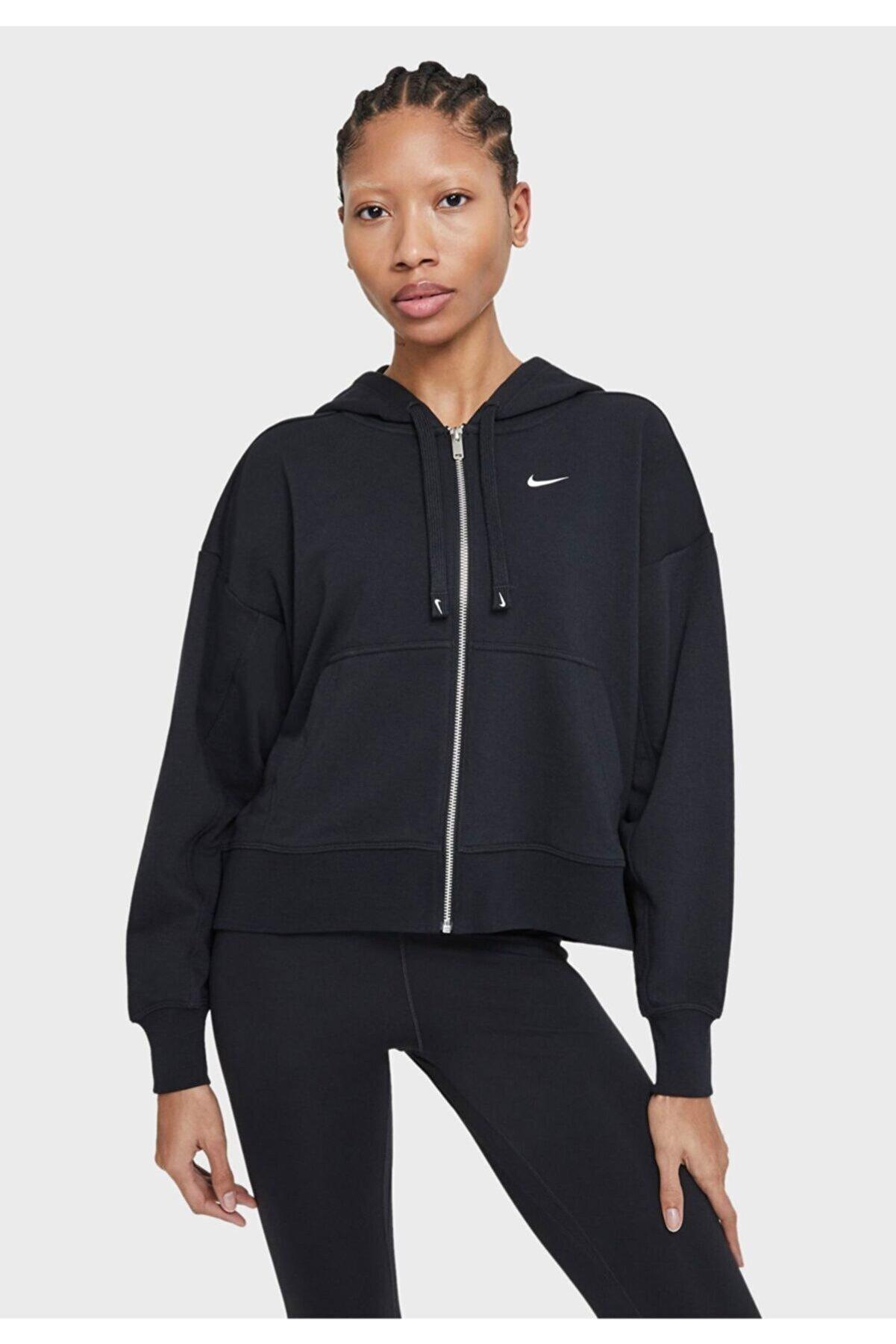 Nike Kadın Siyah Kapüşonlu Ceket